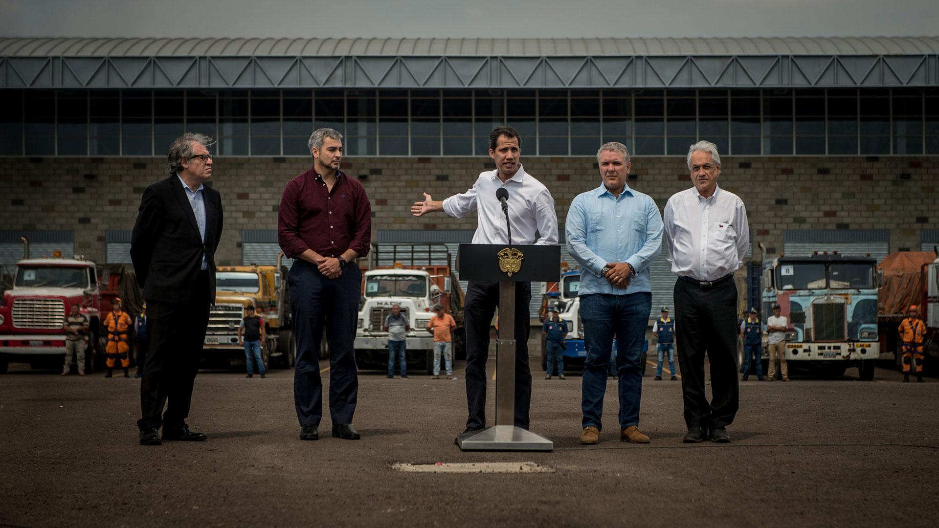 Juan Guaidó junto a Luis Almagro, Mario Abdo, Iván Duque y Sebastián Piñera (The New York Times)