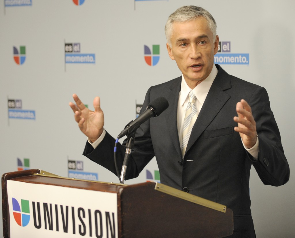Univision news anchor Jorge Ramos speaks at an event at the National Press Club in Washington, Tuesday, Feb. veintitres, dos mil diez. NASA is working with Univision Communications Inc. to develop a partnership in support of the Spanish-language media outlet's initiative to improve high school graduation rates, prepare Hispanic students for college, and encourage them to pursue careers in science, technology, engineering and mathematics, or STEM, disciplines. Photo Credit: NASA/Bill Ingalls NASA Identifier: 201002230007HQ
