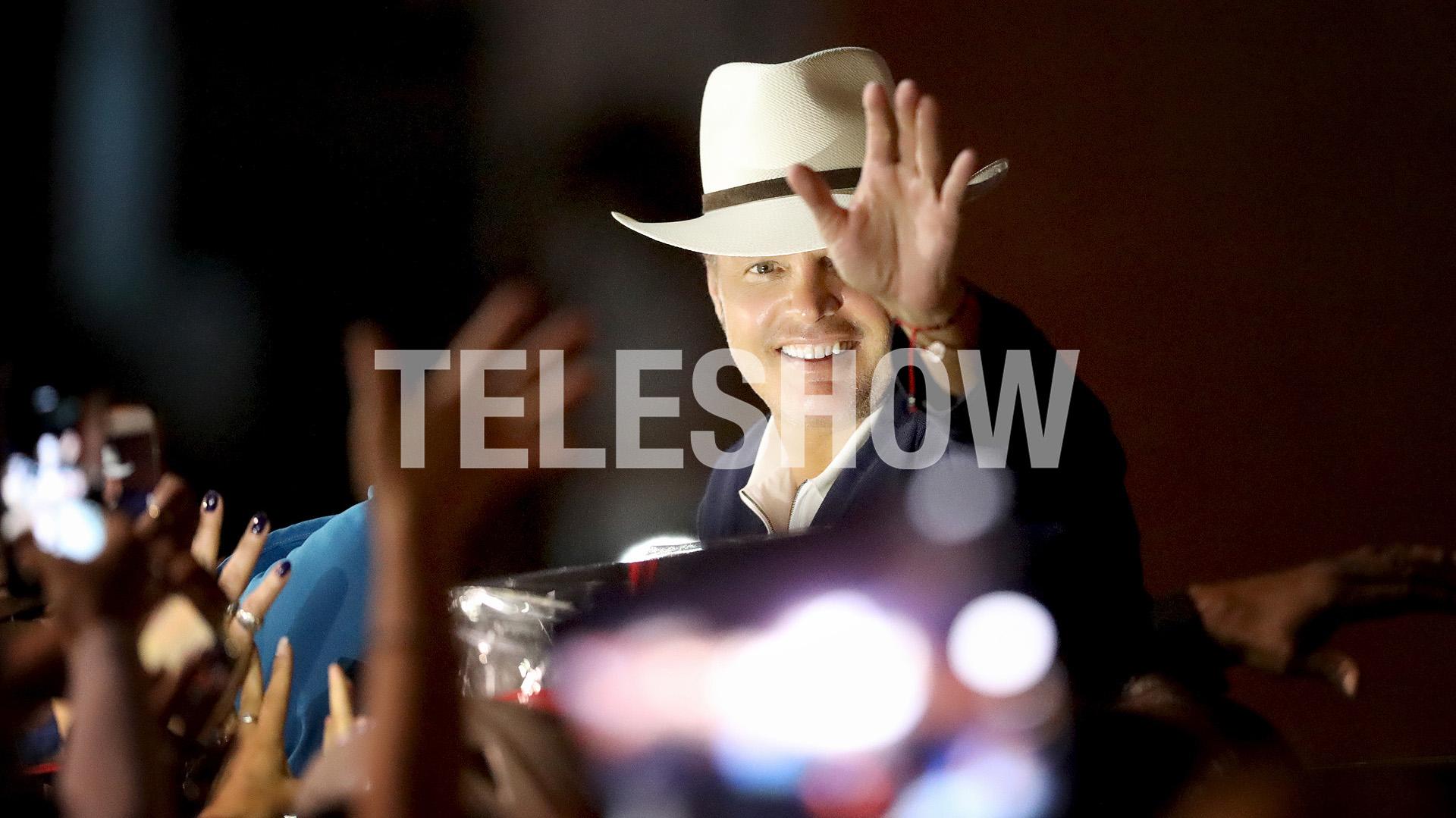Luis Miguel llegó a Córdoba el lunes por la noche (Mario Sar)