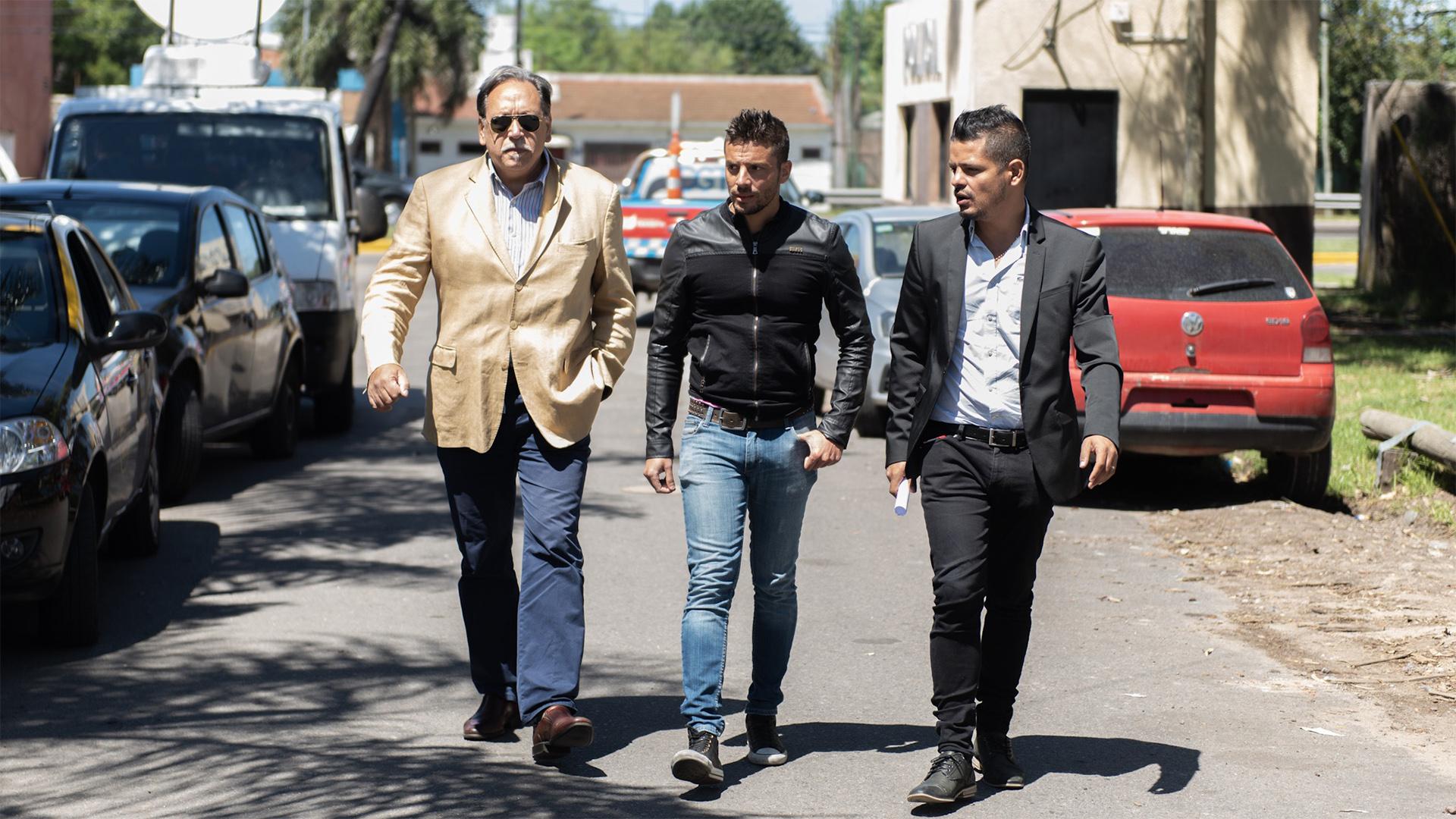 Daniel Salcedo, perito de parte, Ulises Jaitt y el abogado Alejandro Cipolla (Adrián Escandar)