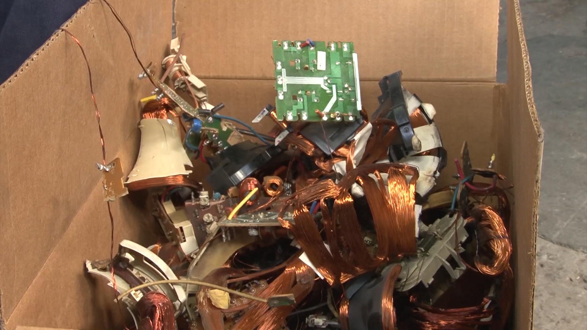 Cada año, la Argentina genera siete kilogramos de residuos electrónicos por habitante