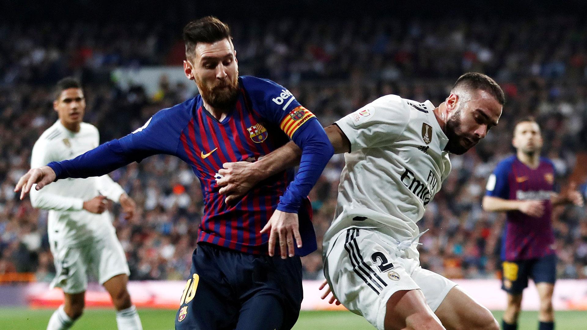 Lionel Messi es titular en el Barcelona, que visita al Real Madrid por la revancha de las semifinales de la Copa del Rey(Reuters)