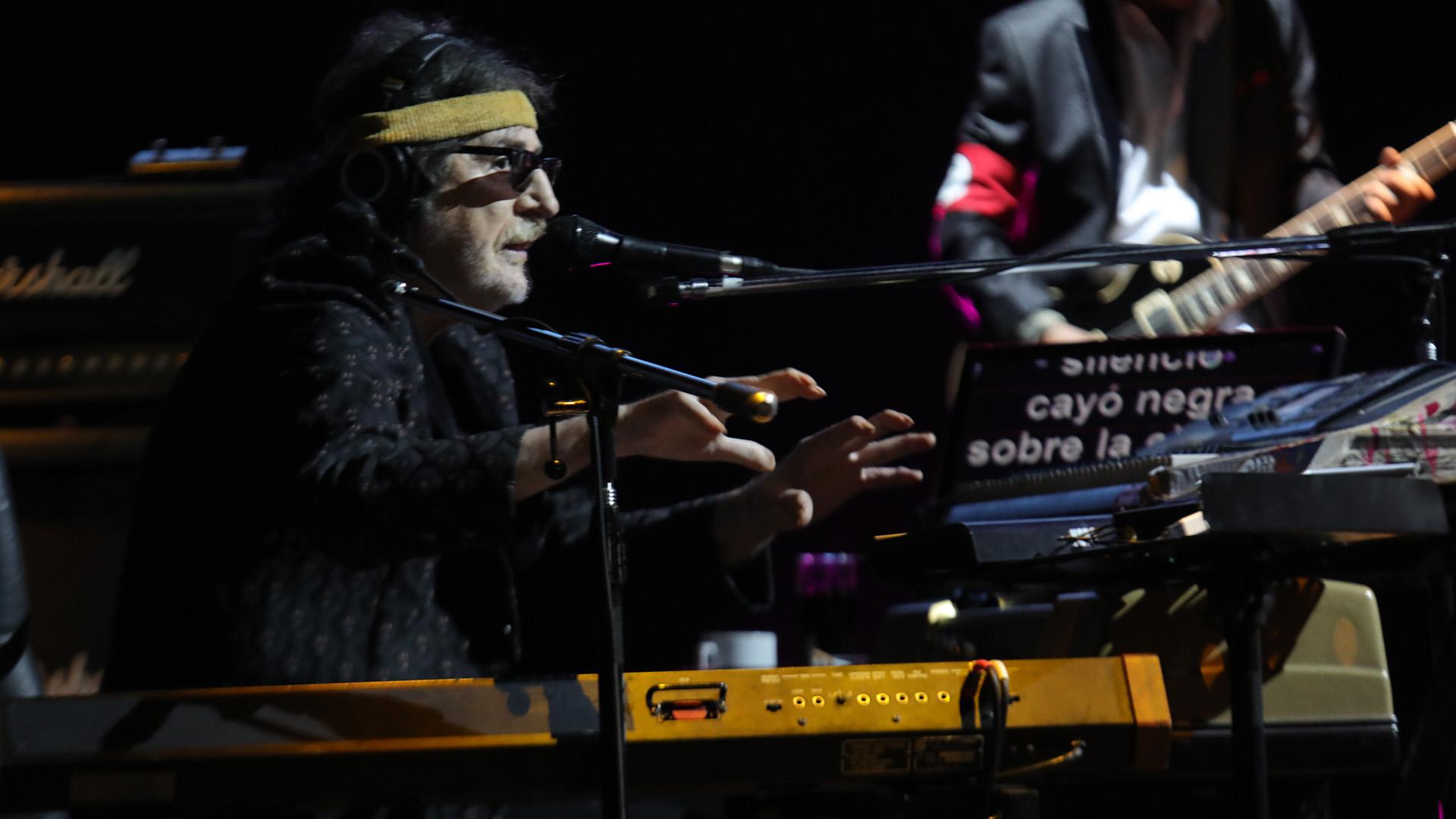 Charly García volvió alGran Rex tras su última presentación de diciembre pasado en el mismo escenario (Fotos: Christian Bochichio)