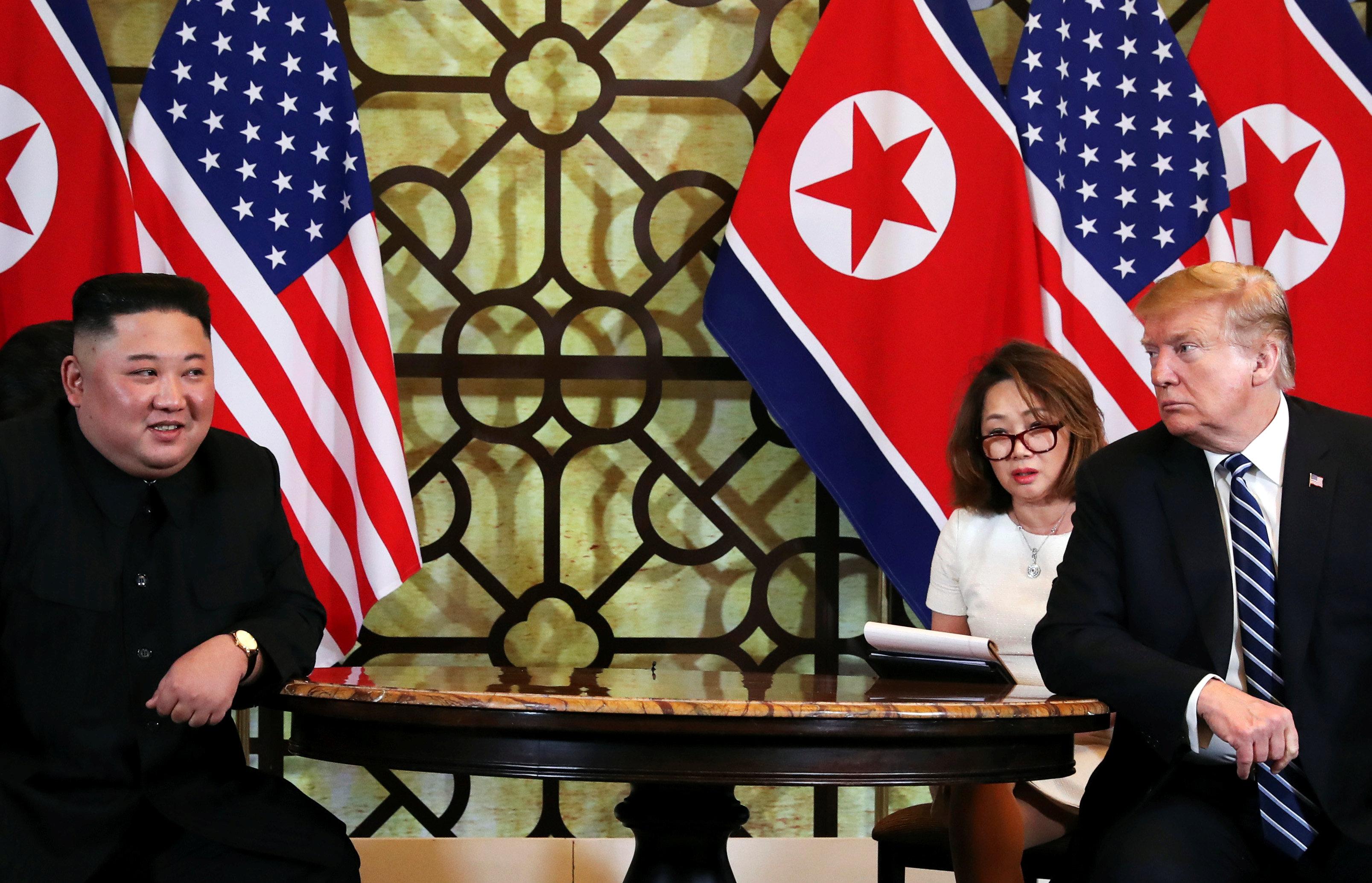 Kim Jong-un y Donald Trump durante su segundo encuentro (REUTERS/Leah Millis)