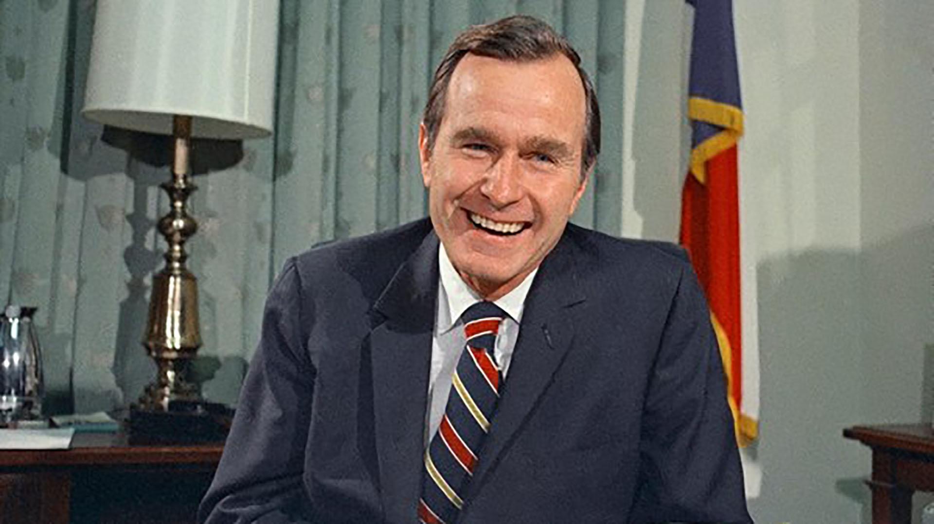 George H. W. Bush, expresidente de Estados Unidos, fue quien frenó la tregua que pretendía hacer Pablo Escobar con el gobierno colombiano.