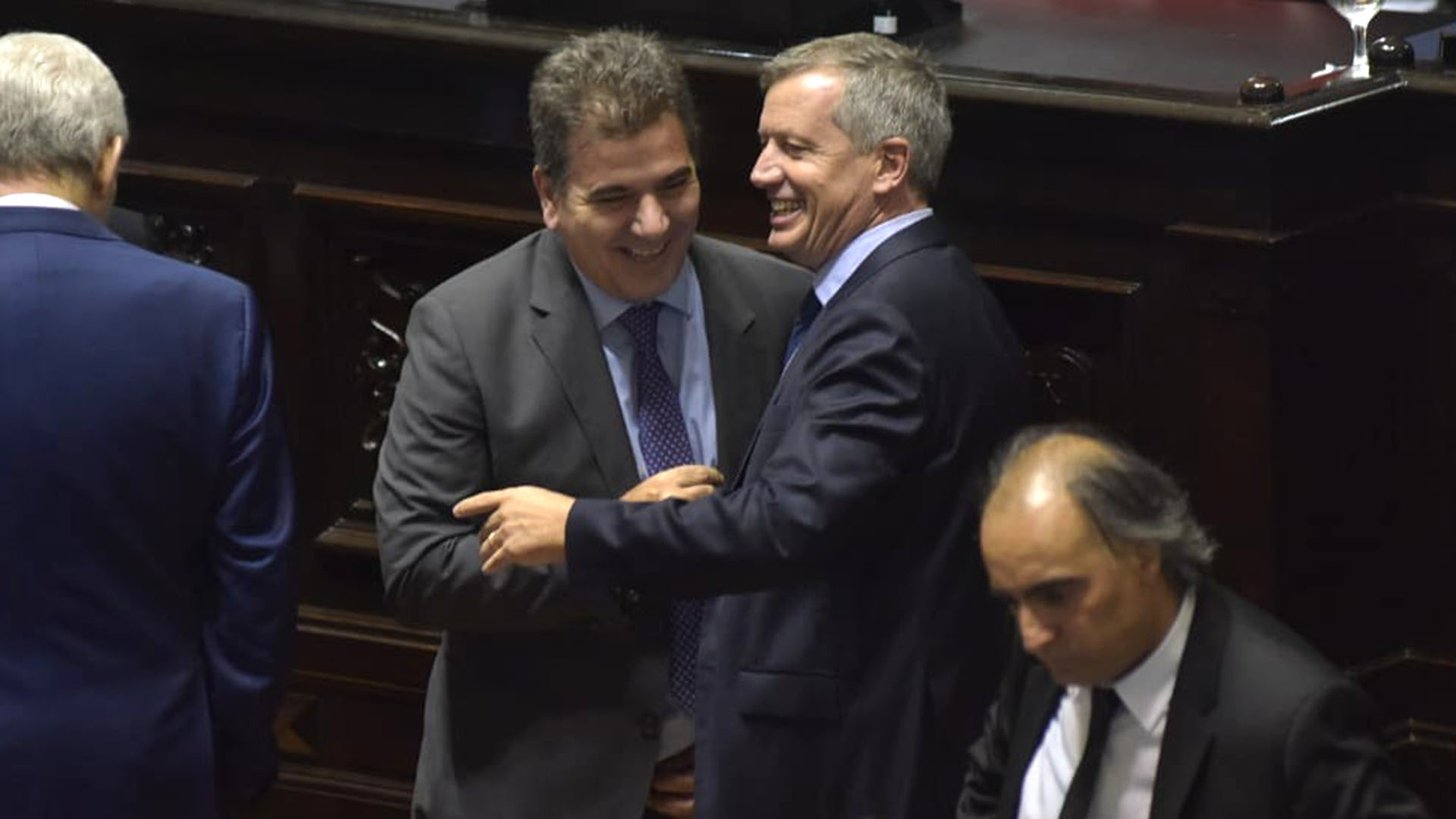 Emilio Monzó junto a Cristian Ritondo