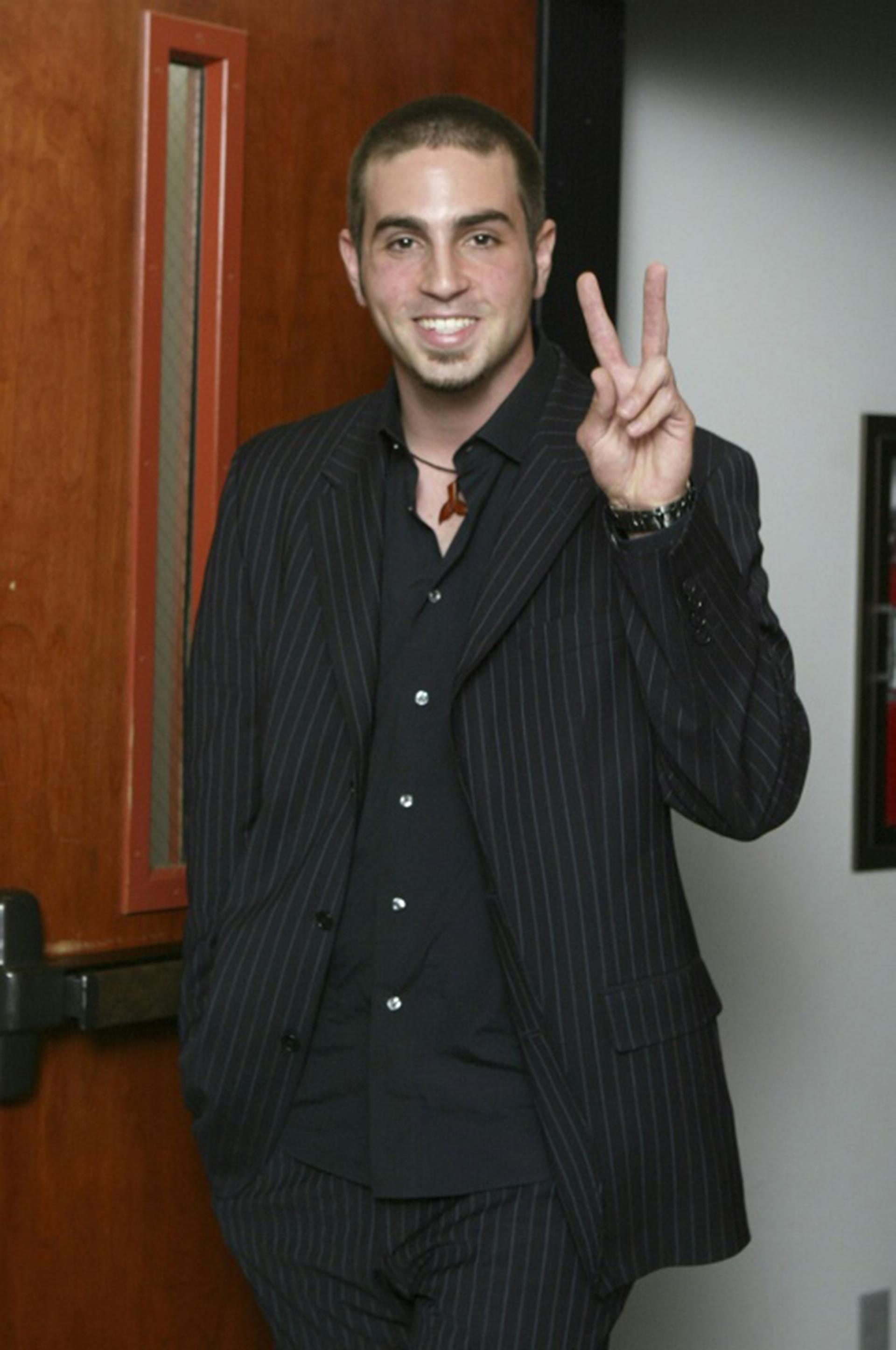 Wade Robson durante el juicio contra Jackson en 2005, cuando testificó a favor del cantante. Hoy, su historia es otra. (Getty Images North America/Getty Images/AFP/Archivos – POOL)