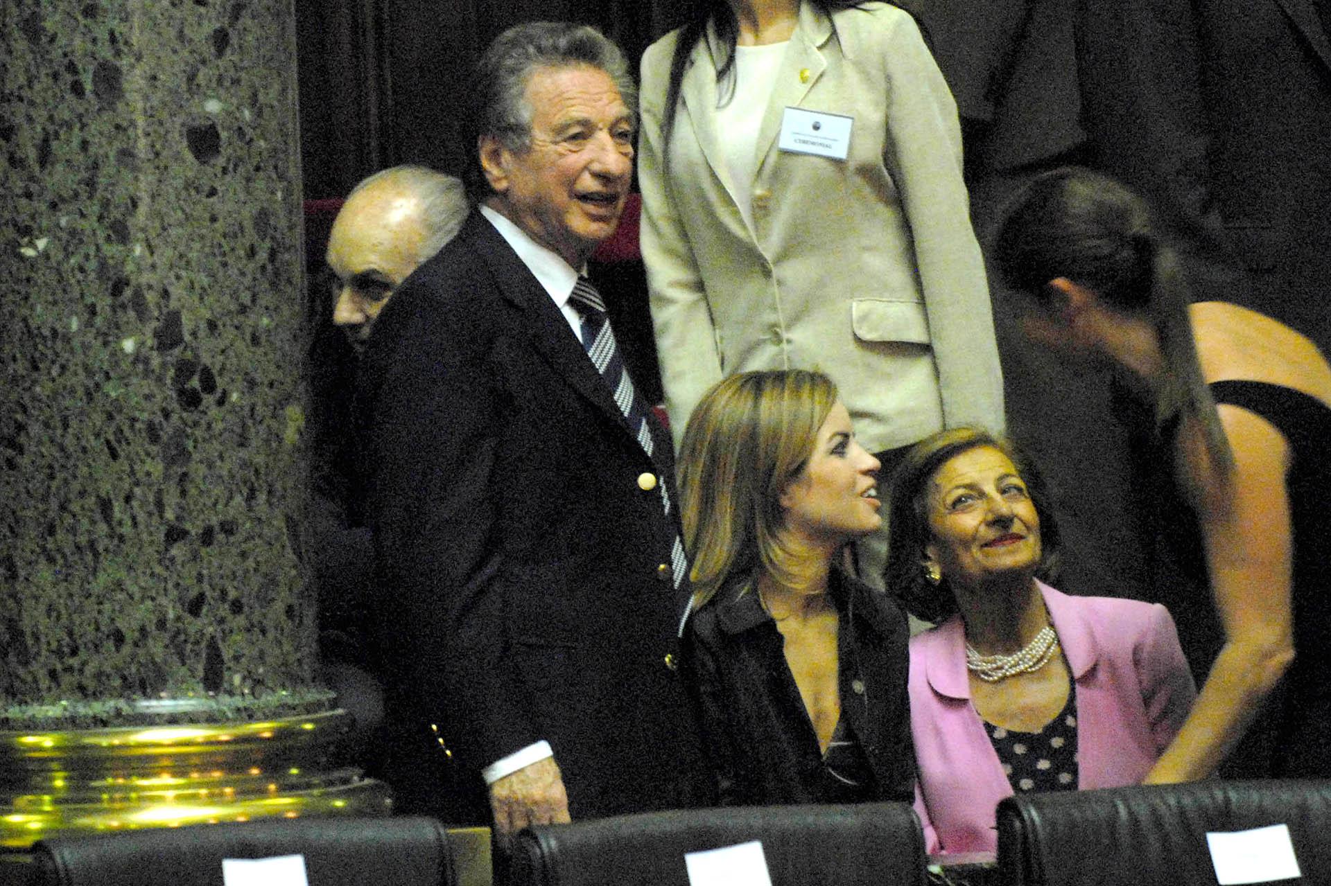 Durante su trayectoria en el mundo de los negocios, Franco Macri condujo distintas entidades empresarias, como la Unión Argentina de la Construcción, la Cámara Argentina de la Construcción y la Asociación de Fabricantes de Autos (Télam)