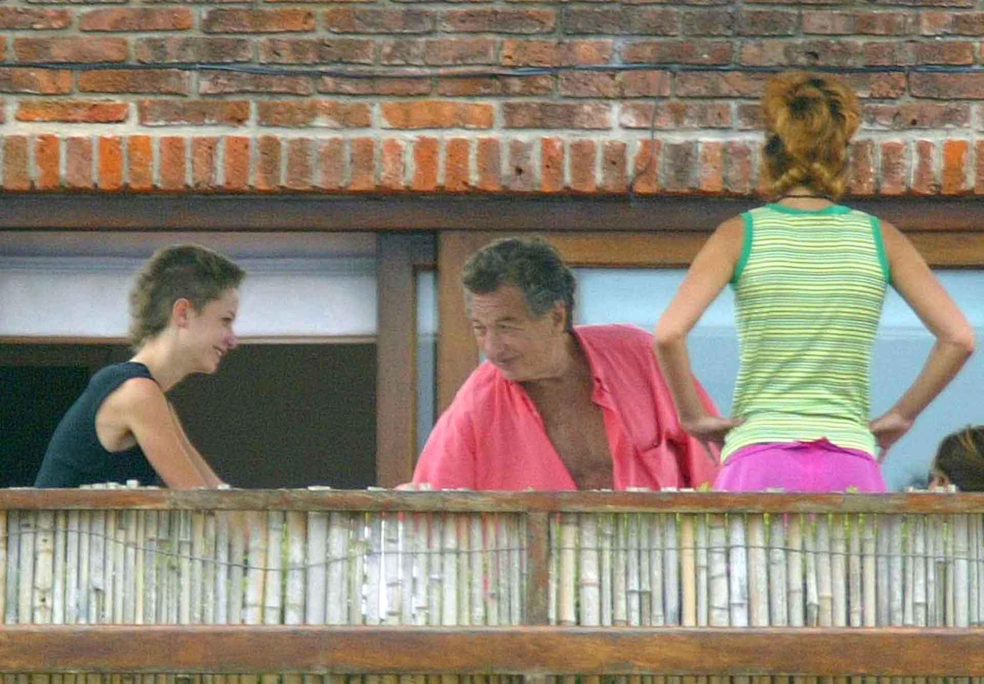 Franco Macri también sufrió en su momento el secuestro de su hija Florencia, con quien compartió vacaciones durante muchos veranos en Punta del Este (AFP)
