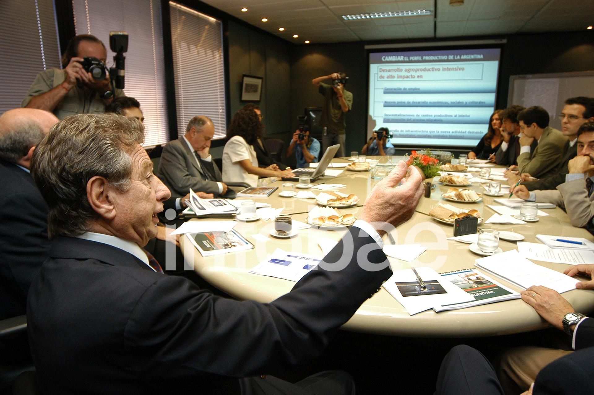 La palabra de Franco Macri, durante una reunión ante directivos del grupo SOCMA (Enrique García Medina)