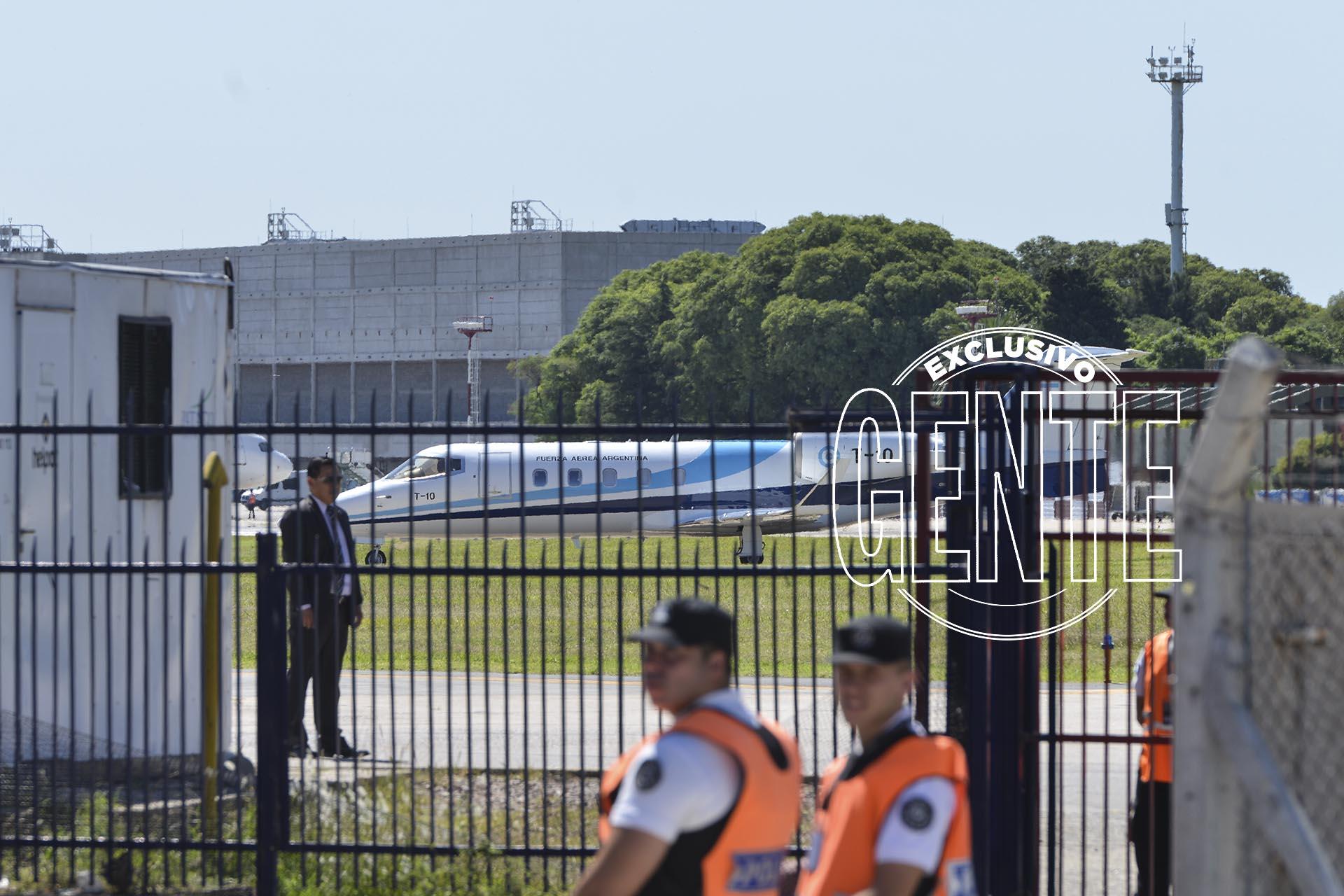 La llegada de Mauricio Macri desde el sur. Foto: Fabián Uset/GENTE