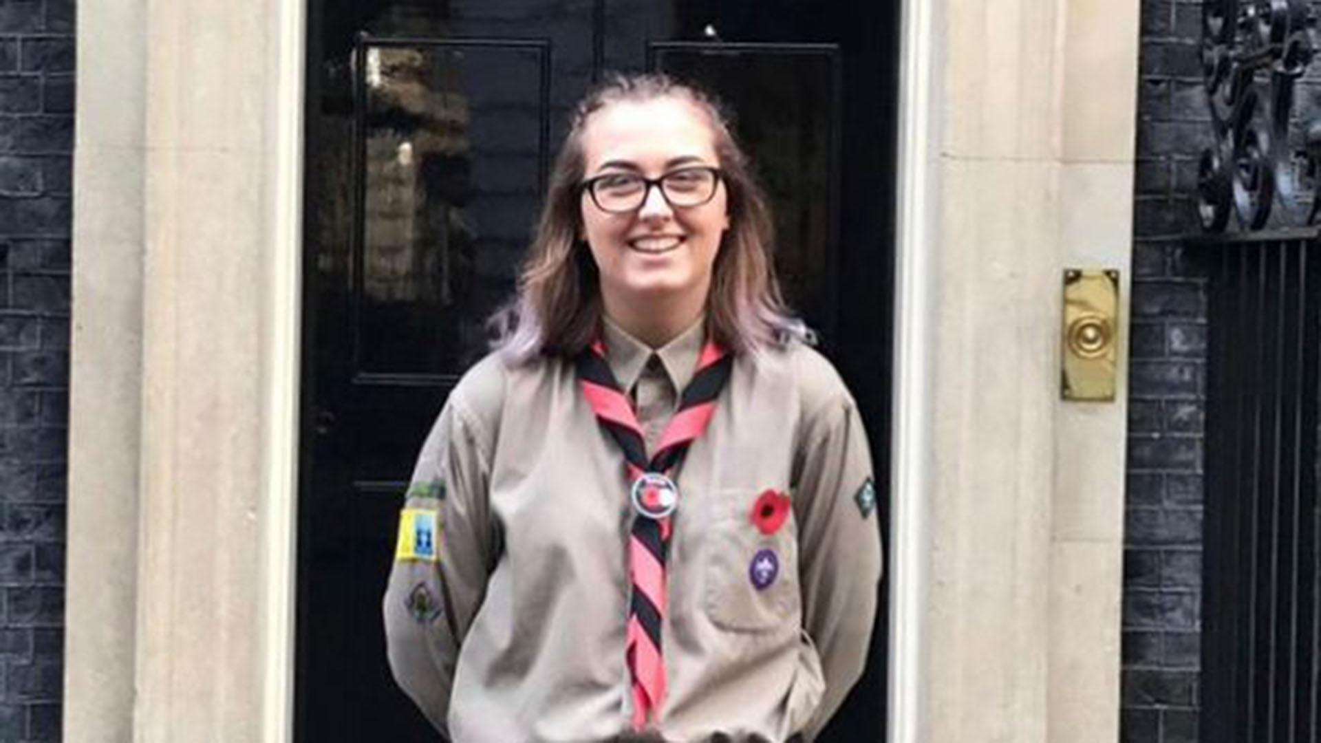 Jodie Chesney tenía 17 y estaba con su novio cuando dos adolescentes se le acercaron y, sin mediar palabras, la apuñalaron por la espalda en el este de Londres
