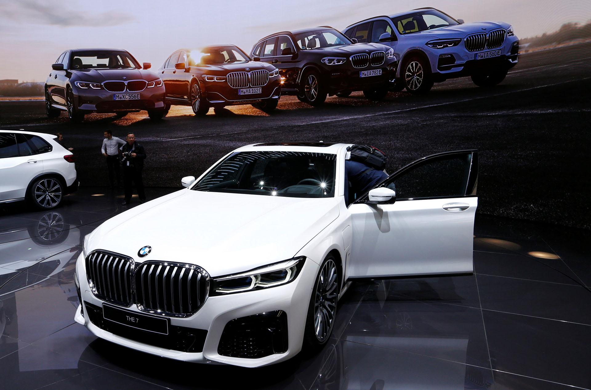 El BMW Serie 7pertenece a la cuarta generación de híbridos enchufables de BMW, que aumentó hasta un 30% la autonomía
