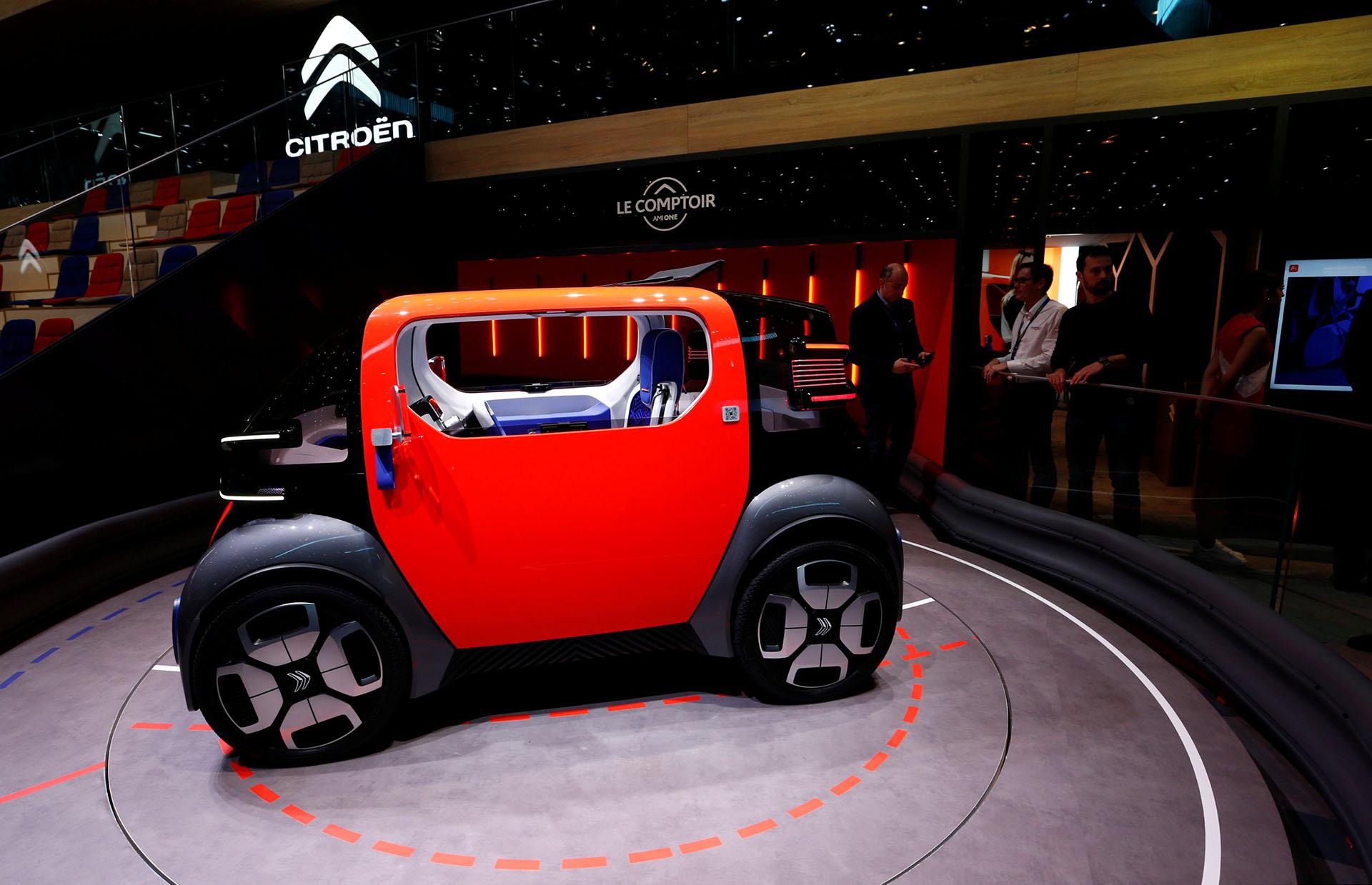 El Citroen Ami One Conceptes un prototipo para dos personas, con carrocería ultracompacta y velocidad máxima de 45 km/h, querefleja la visión de la marca francesa del futuro de la movilidad urbana