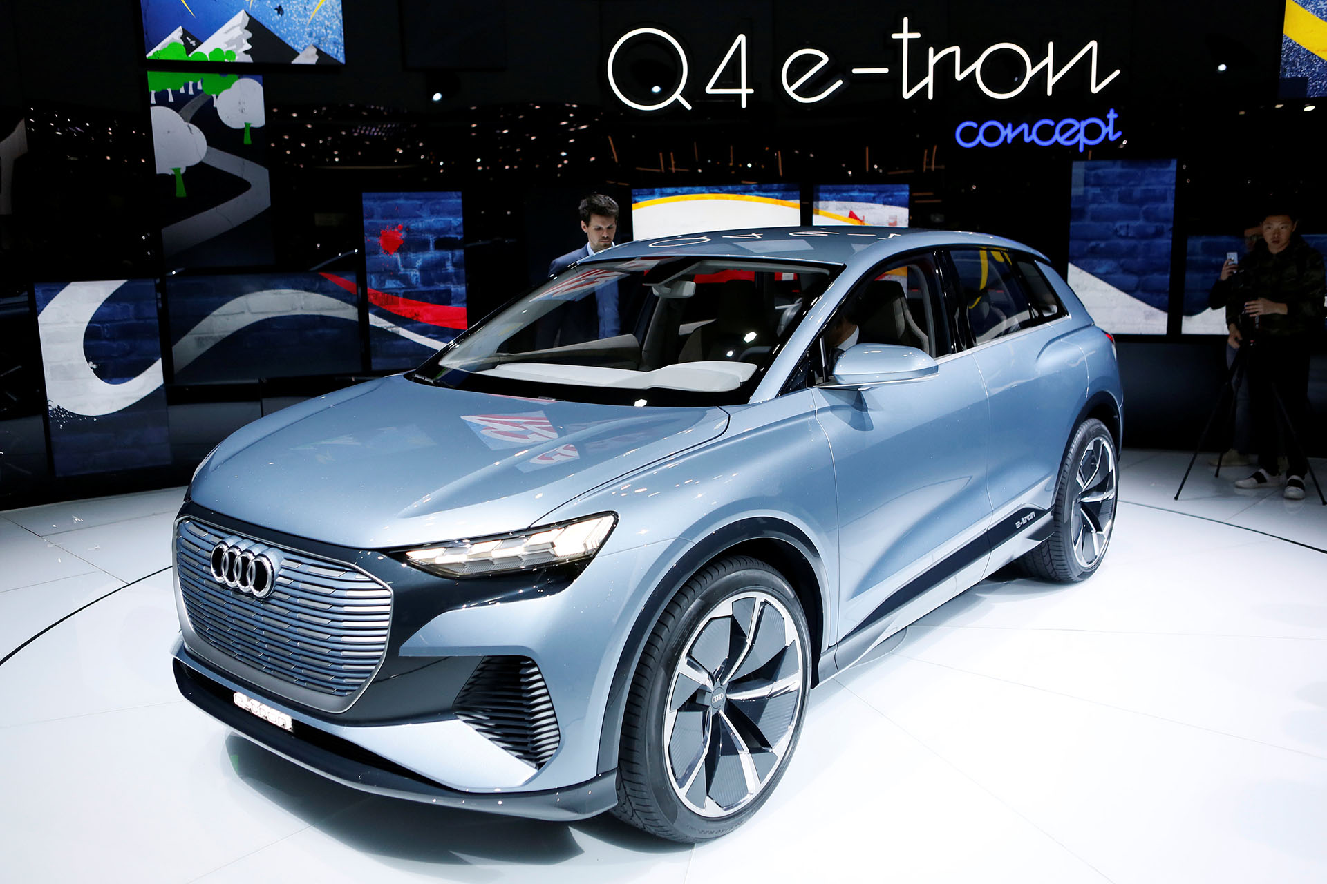 El Audi Q4 E-Tron Concept es el quinto automóvil eléctrico de Audi, unSUV con 450 km de autonomía