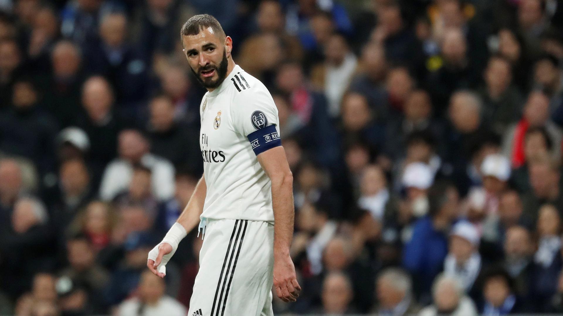 Karim Benzema es uno de los jugadores que ha perdido valor de mercado (Reuters)