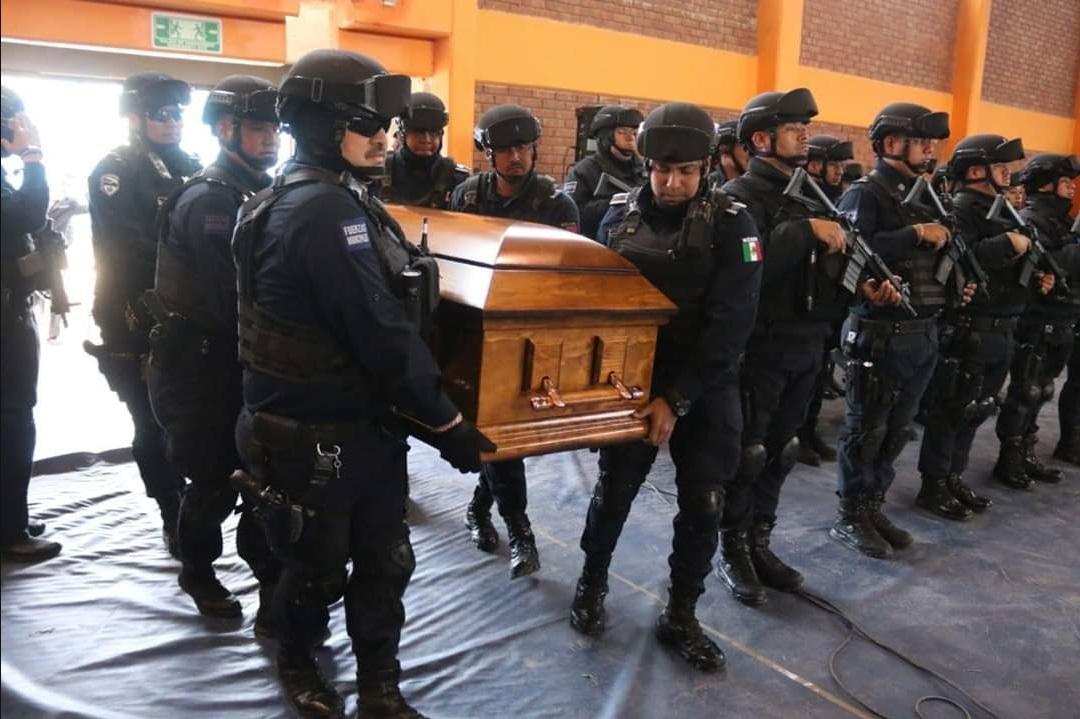 Sus compañeros hicieron en sensible homenaje Foto: (Facebook D.S.P.M Chihuahua)