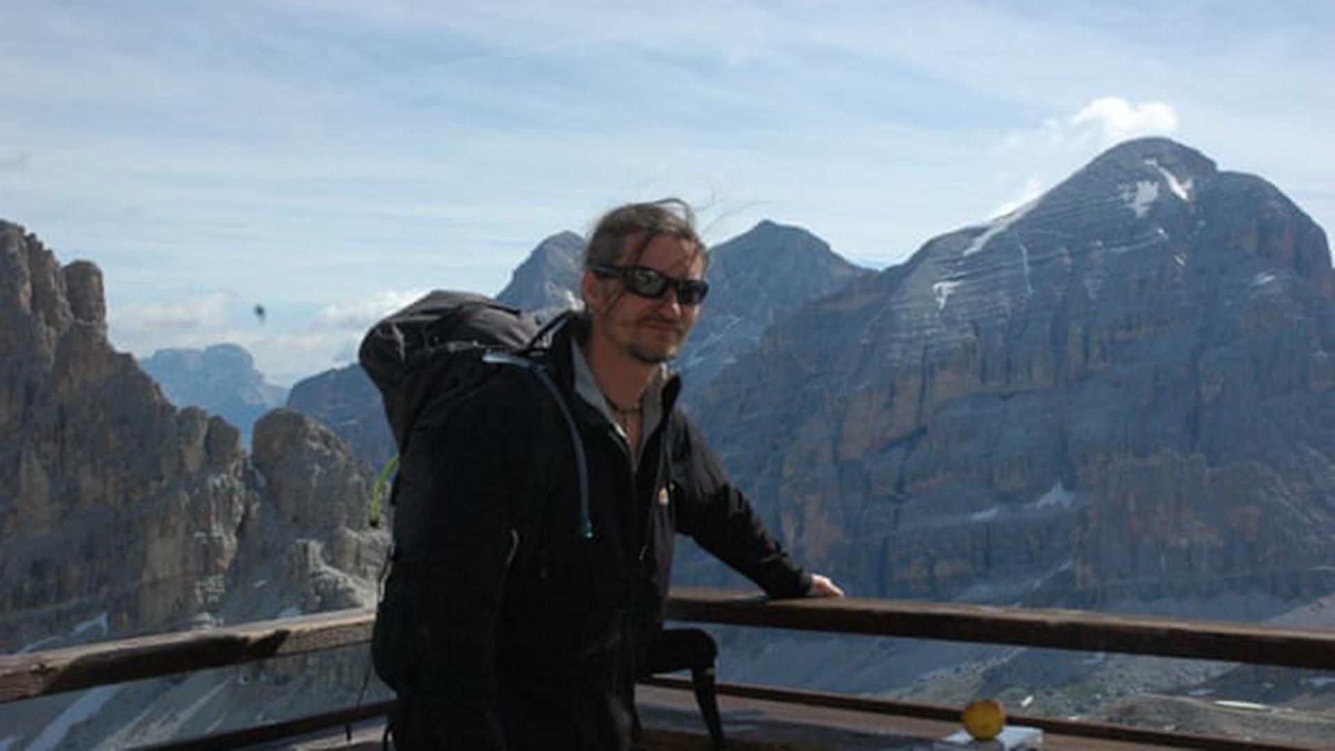 El policía encubierto Mark Kennedy, en uno de sus supuestos viajes como escalador profesional