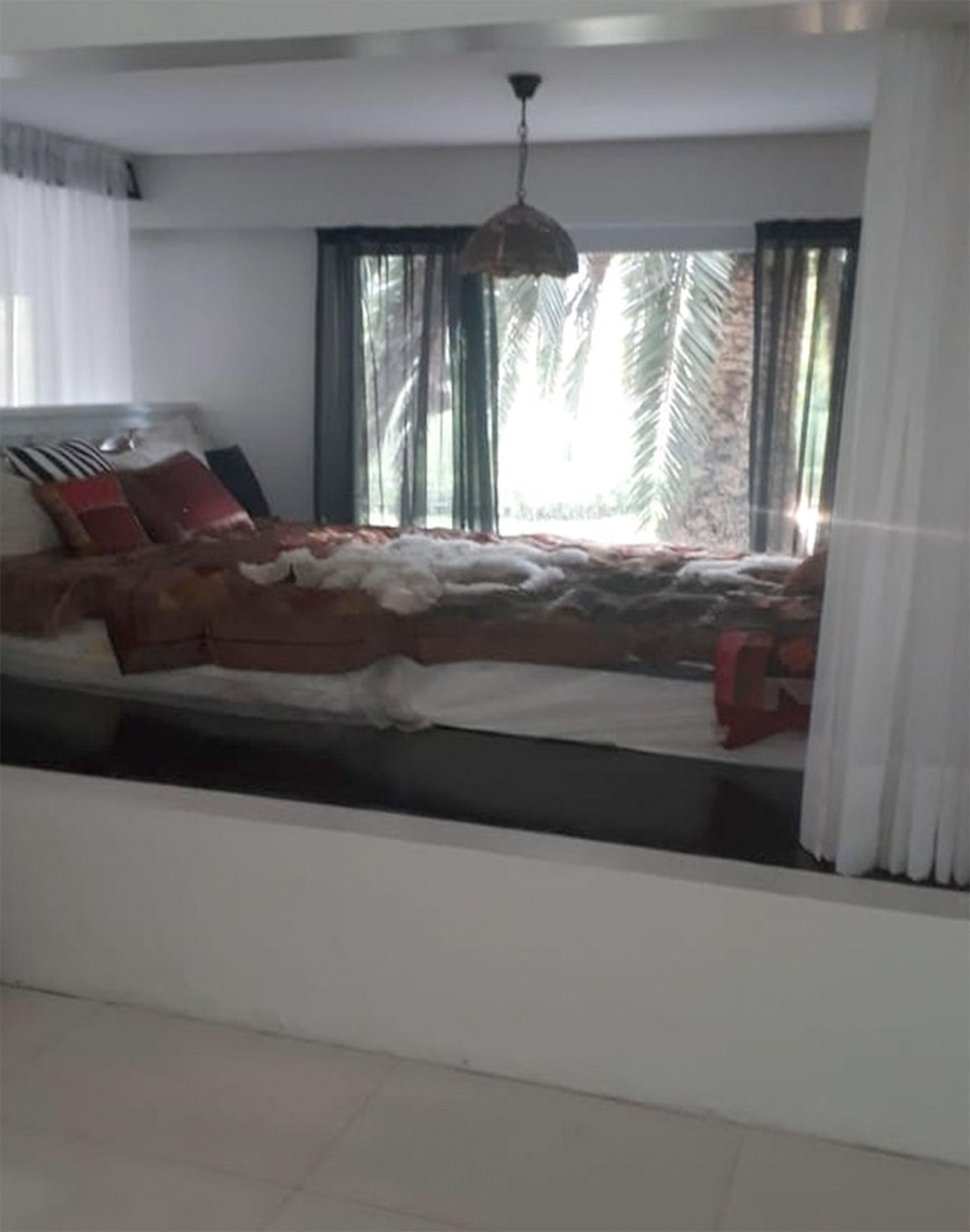 """Sobre esta cama los investigadores habrían encontrado el cuerpo de Natacha. """"Estaba acostada boca arriba"""", informaron fuentes policiales."""