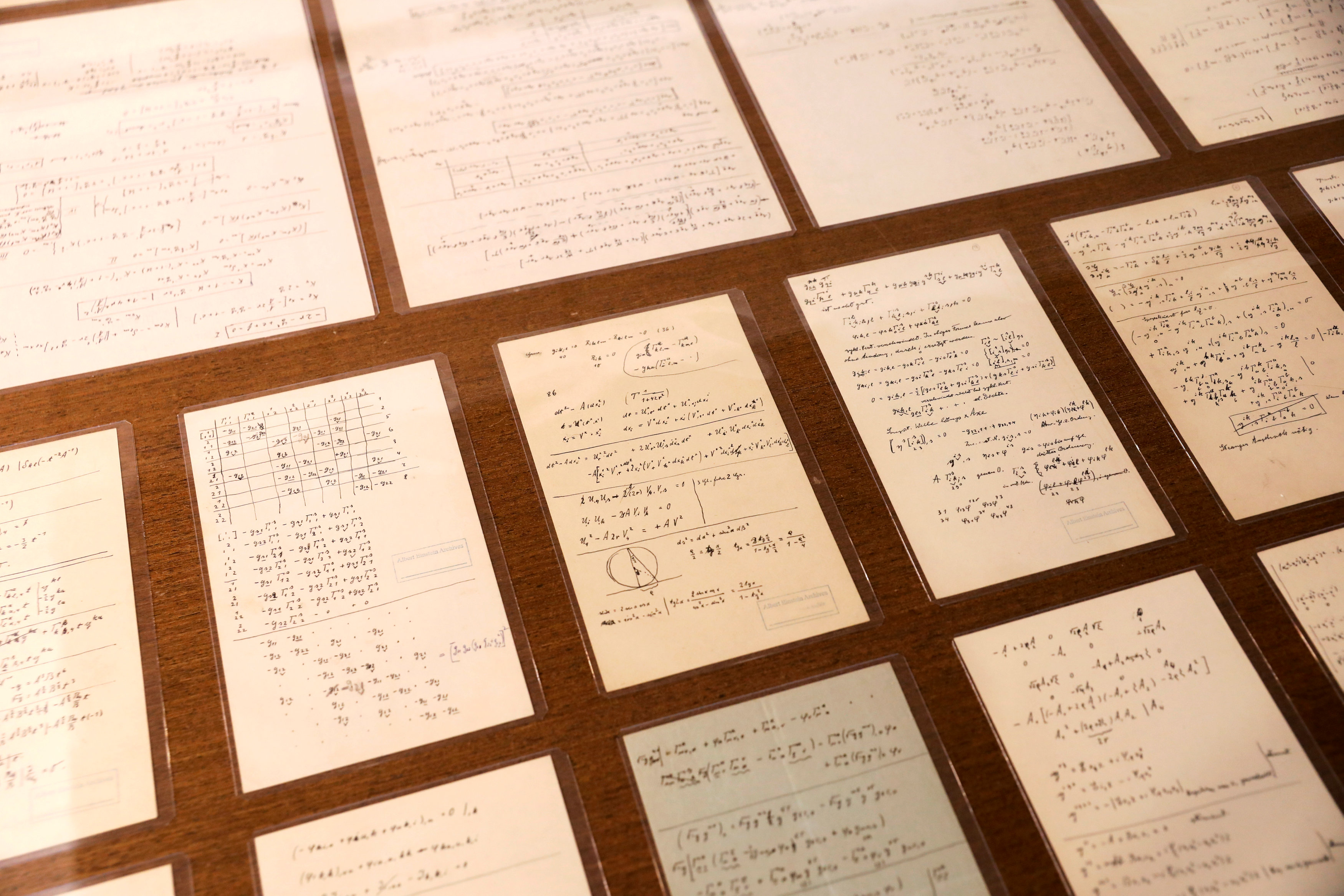 Parte de la colección de 110 manuscritos(REUTERS/Ronen Zvulun)