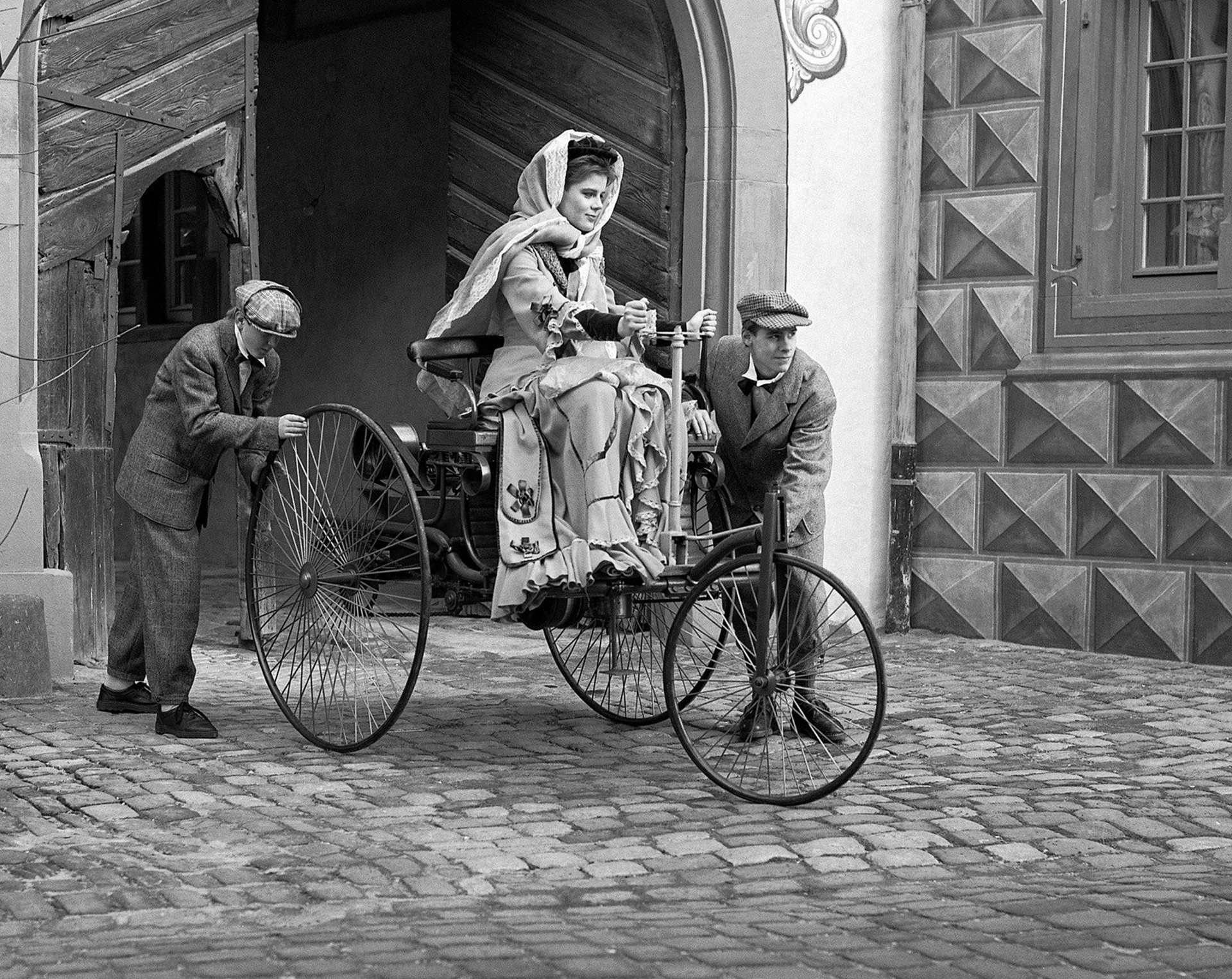 automovilismo - BERTHA BENZ