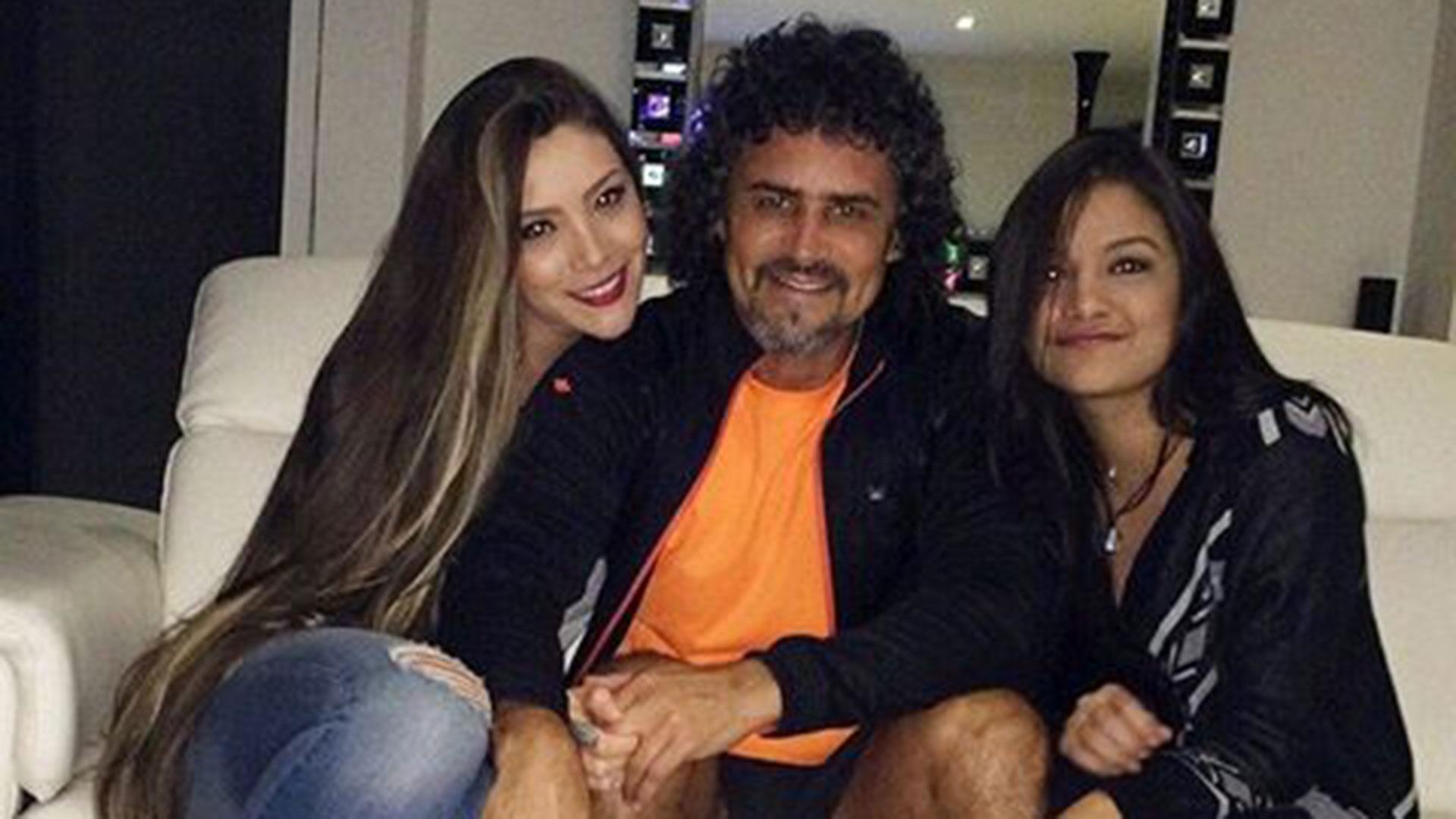 Leonel Alvarez junto a su actual pareja y su hija