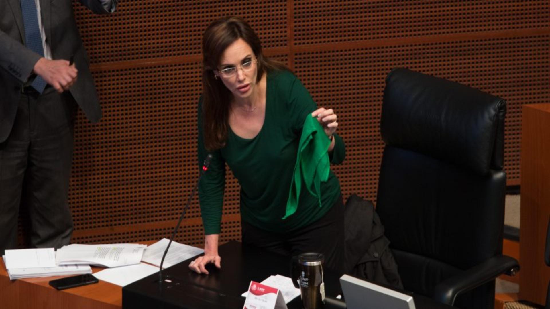 """""""Yo les pido que así como yo no voy con ustedes a arrancarles el trapo verde del cuello, ustedes no vengan a imponerme un trapo verde"""", dijo (Foto: Cuartoscuro)"""