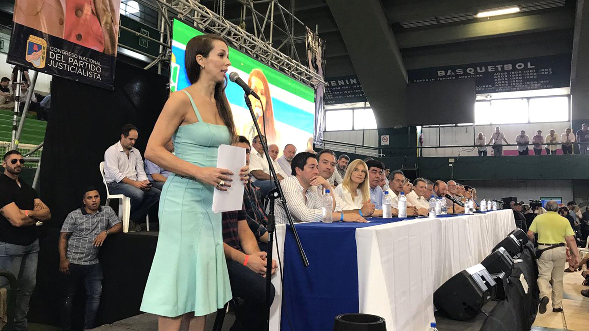 """La actriz y funcionaria de Avellaneda llamó a """"alcanzar una victoria contundente en laselecciones de octubre"""""""