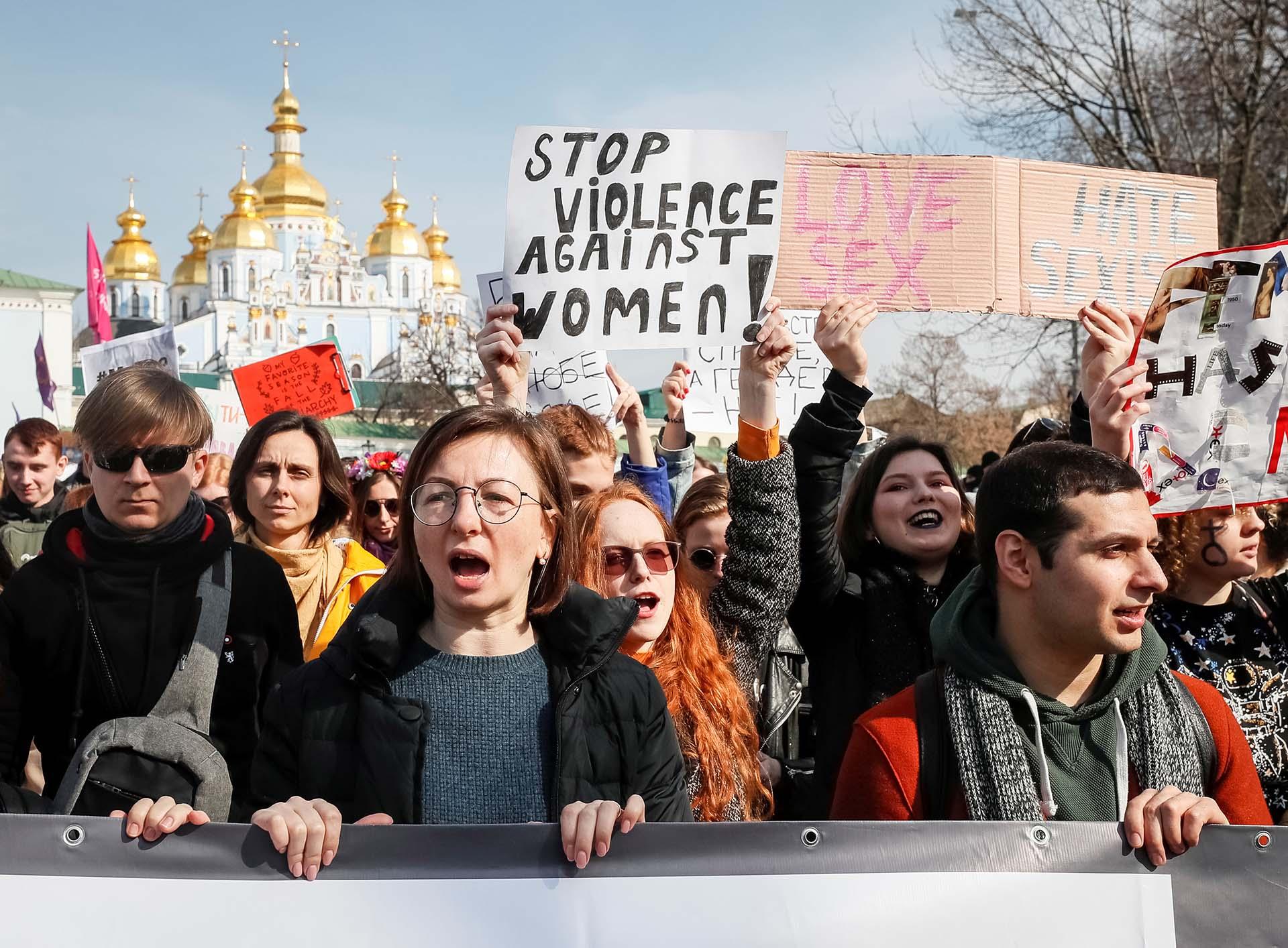 Movilización por el Día Internacional de la Mujer, en Kiev, Ucrania (REUTERS/Gleb Garanich)