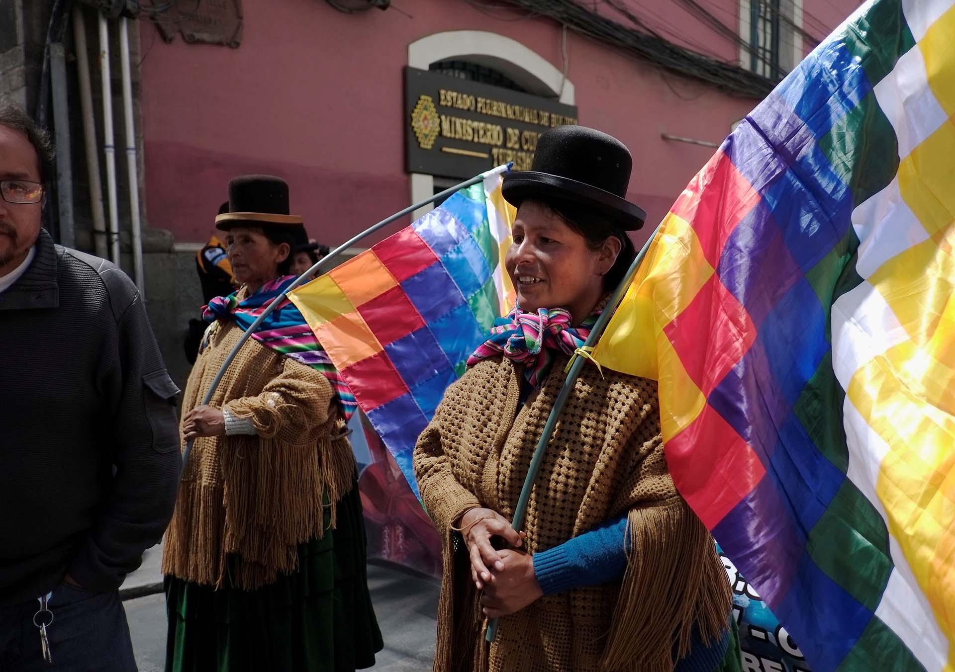 Una mujer aymara en la movilización por el Día de la Mujer en La Paz, Bolivia (REUTERS/David Mercado)