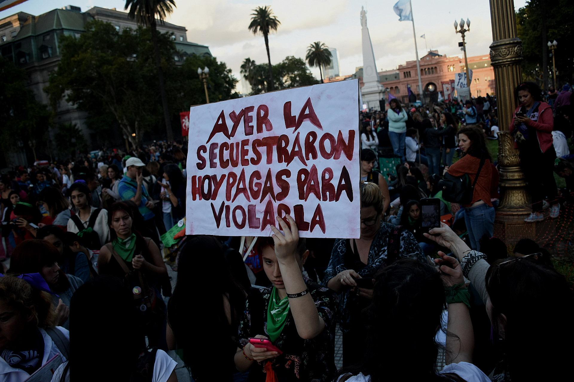La manifestación en Plaza de Mayo (Nicolás Stulberg)