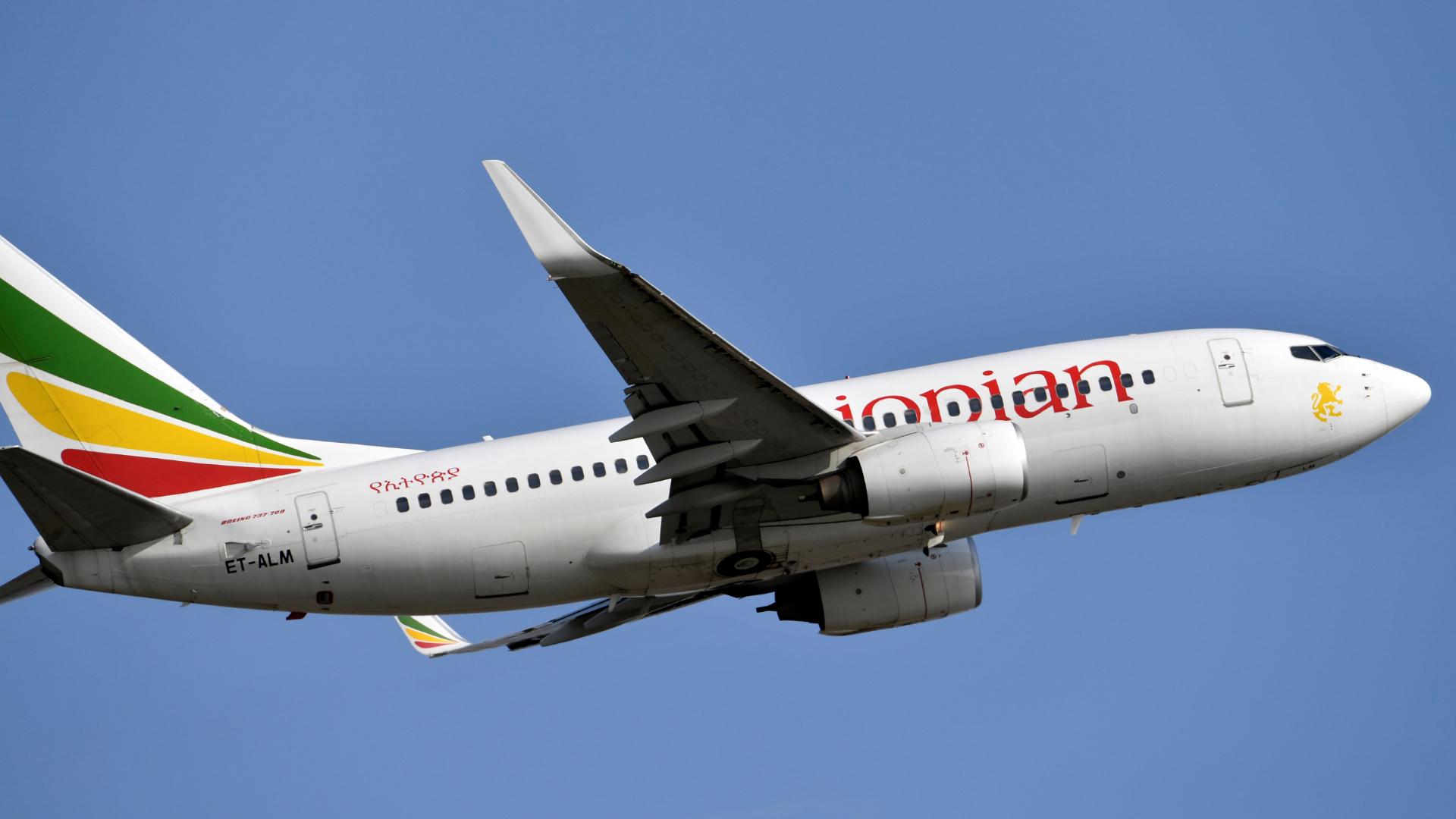 Un Boeing setecientos treinta y siete-setecientos Next Generation de Ethiopian Airlines (AFP)