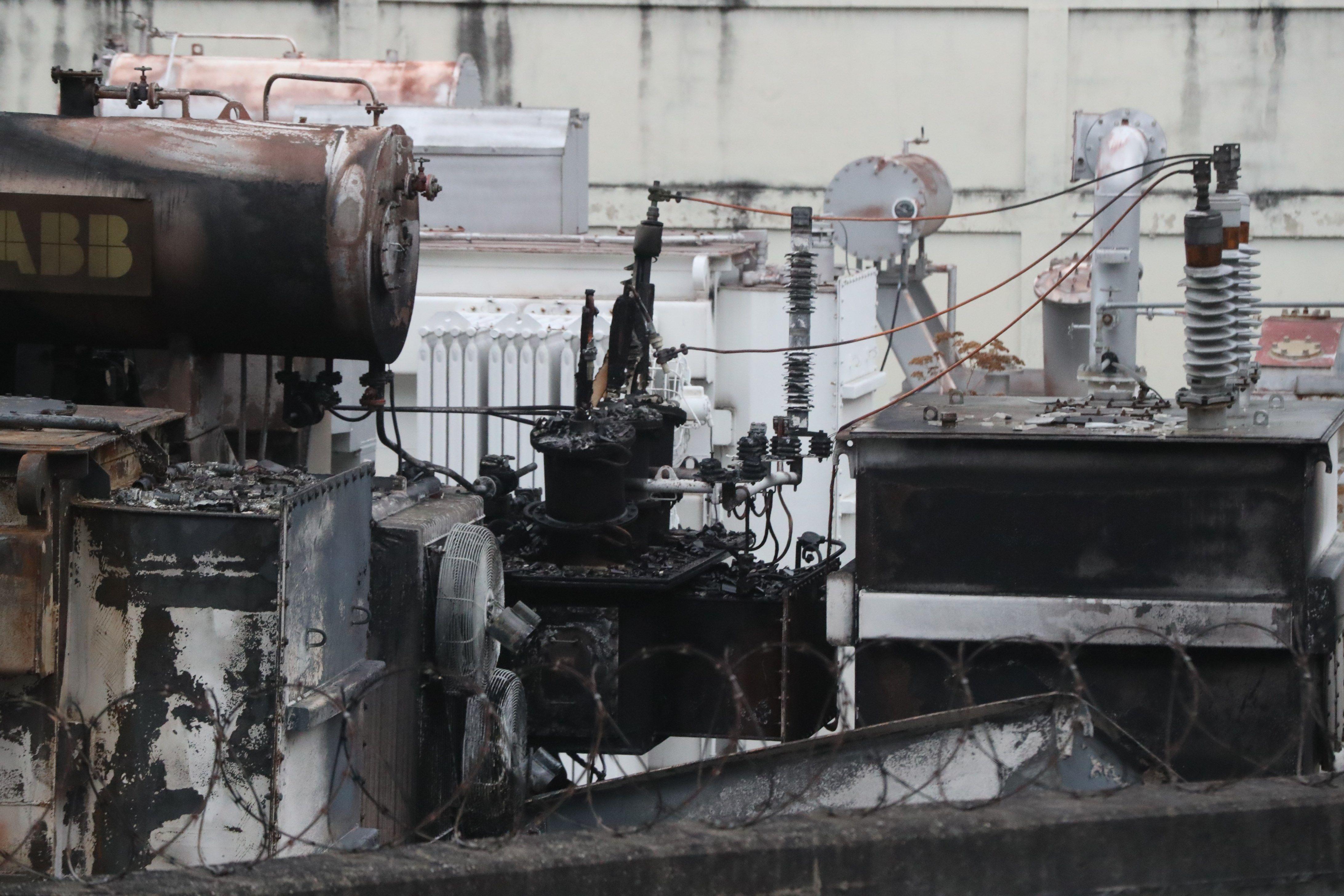 El incendio se produjo en medio del peor apagón que se recuerde en el país(EFE/ Raul Martínez)