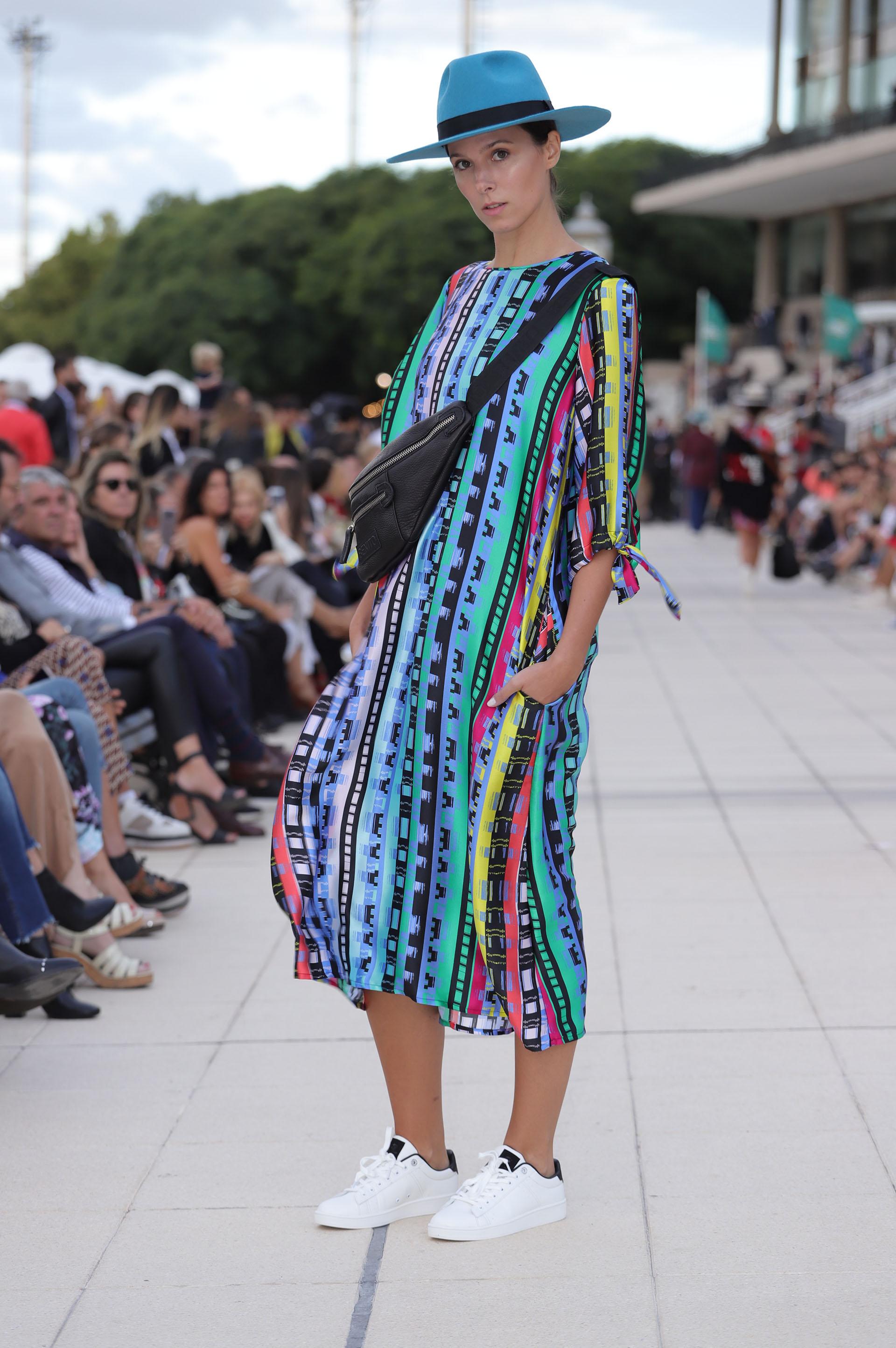 Las túnicas vibrantes (@photojohnnyar)