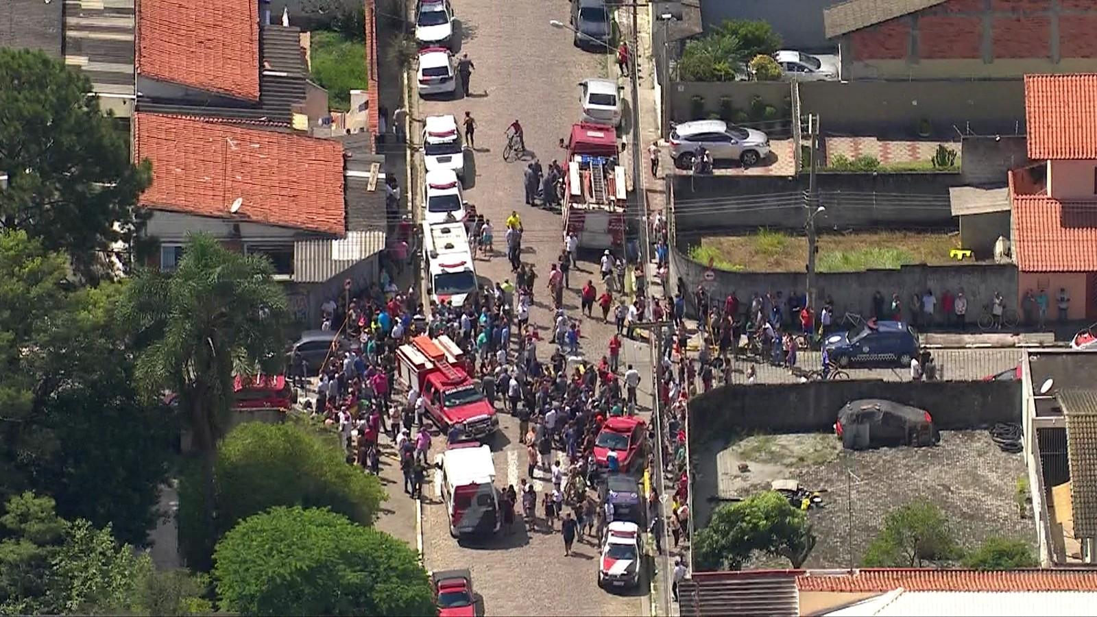 Una vista aérea de la escuela Raúl Brasil, donde sucedió la masacre