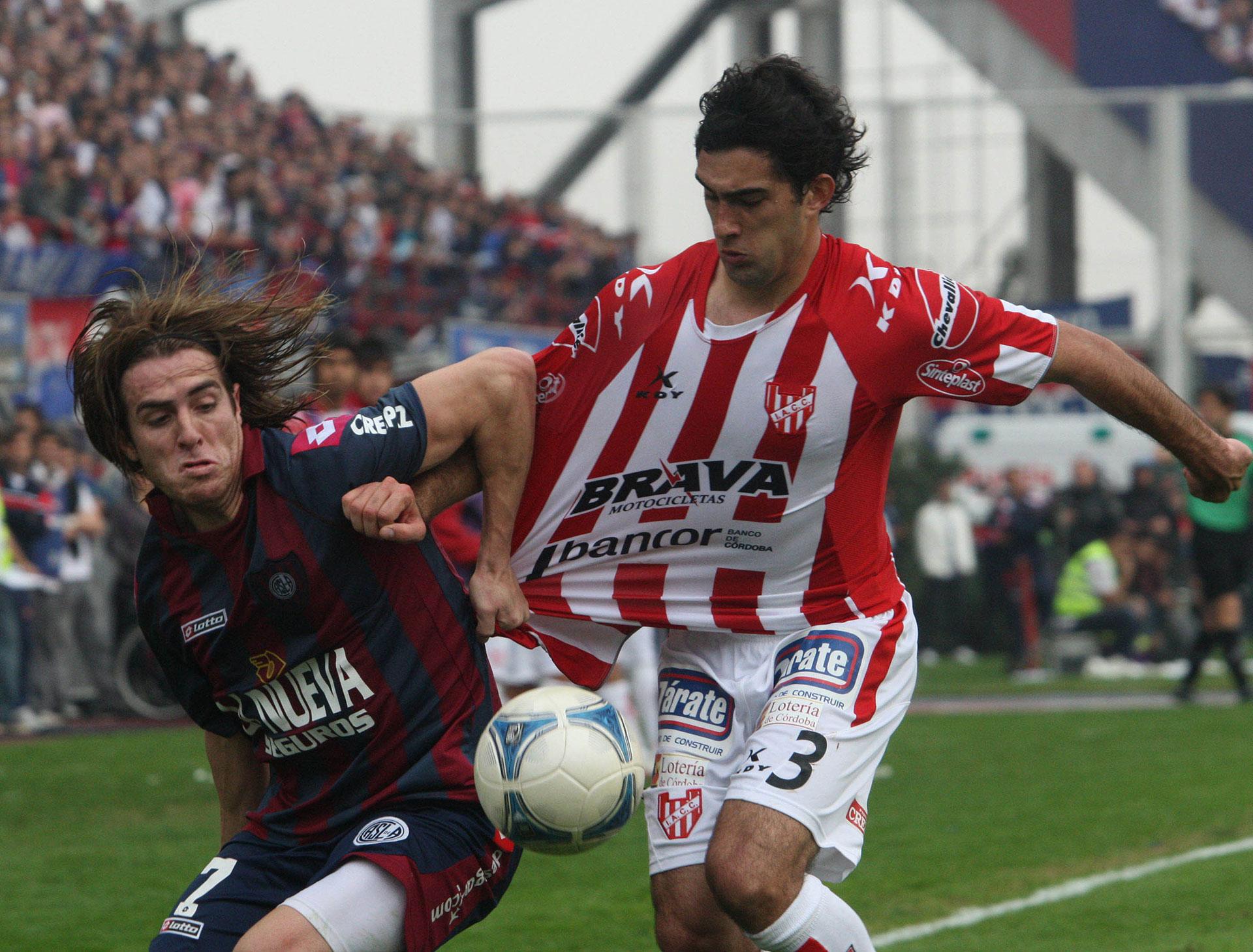 Durante la revancha contra Instituto por la Promoción: fue 1-1 y salvación de San Lorenzo (Foto Baires)