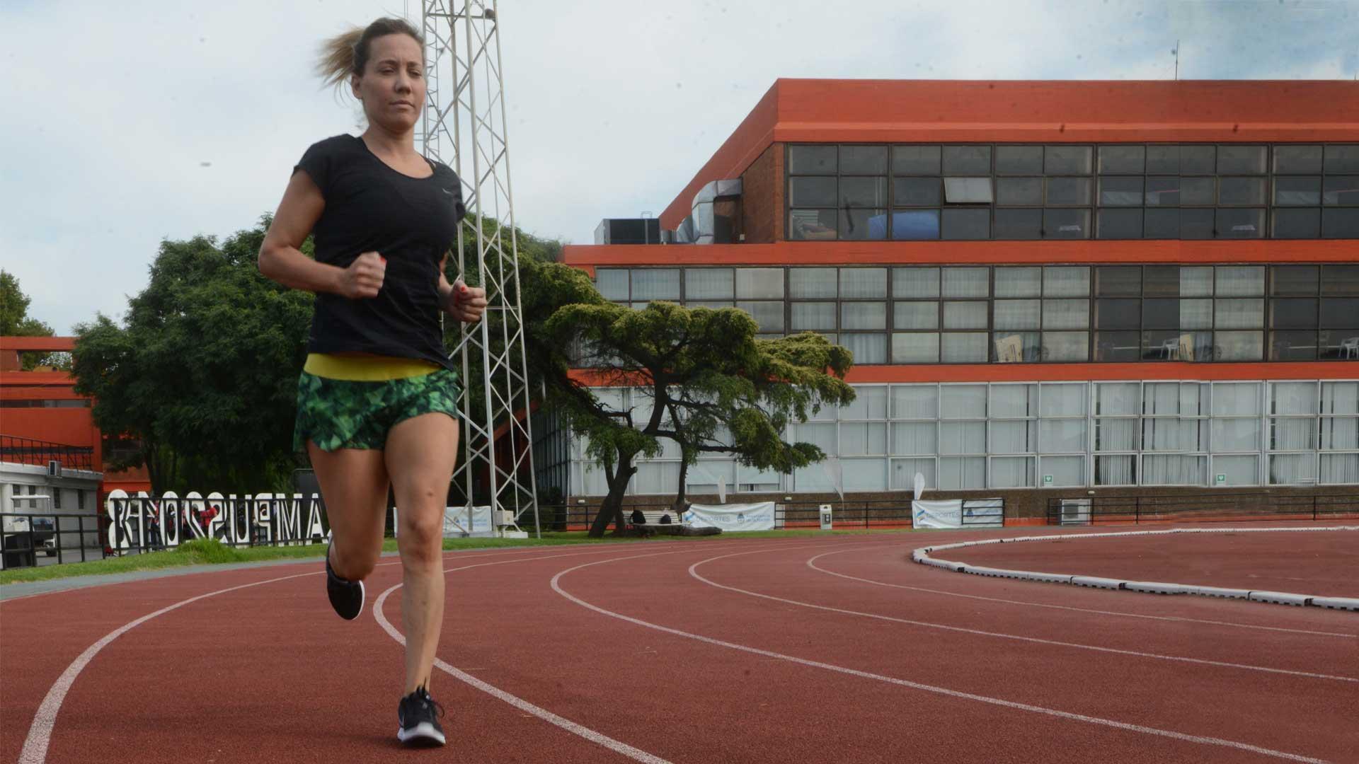 María José Vilella, durante un entrenamiento en el Cenard. Foto: Fernando Calzada/DEF.