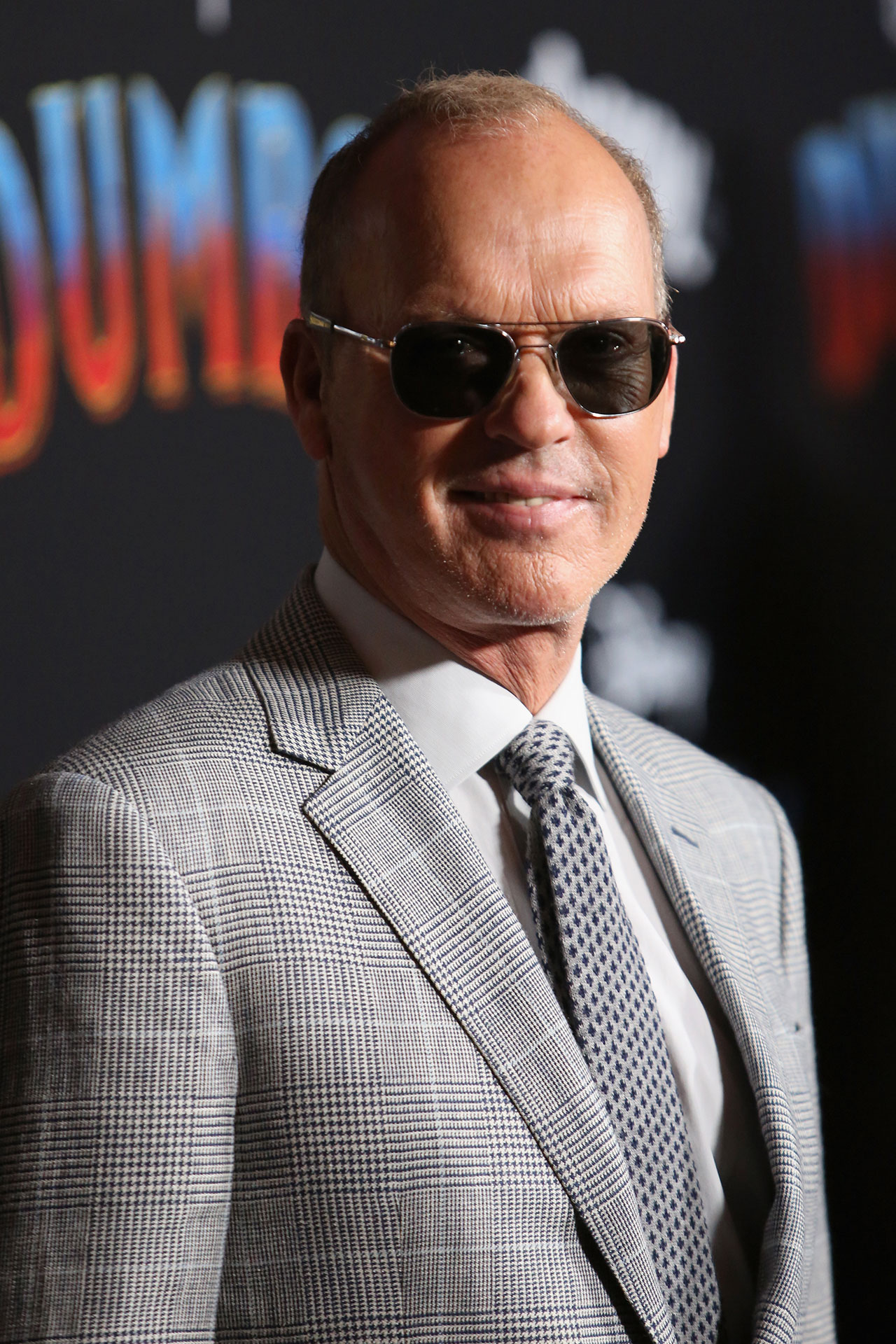 Michael Keaton, a cargo del persuasivo empresario V.A. Vandevere.