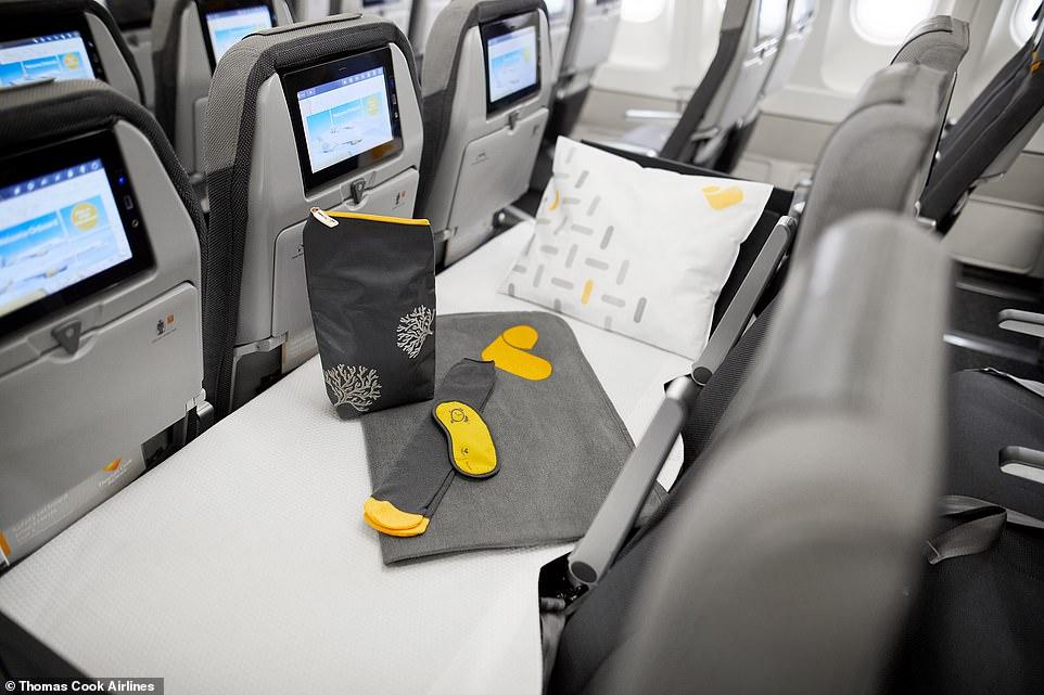 Tiene cinturón de seguridad de extensión para aquellos que quieren recostarse pero mantener el cinturón puesto. (Foto: @Thomas Cook Airlines)