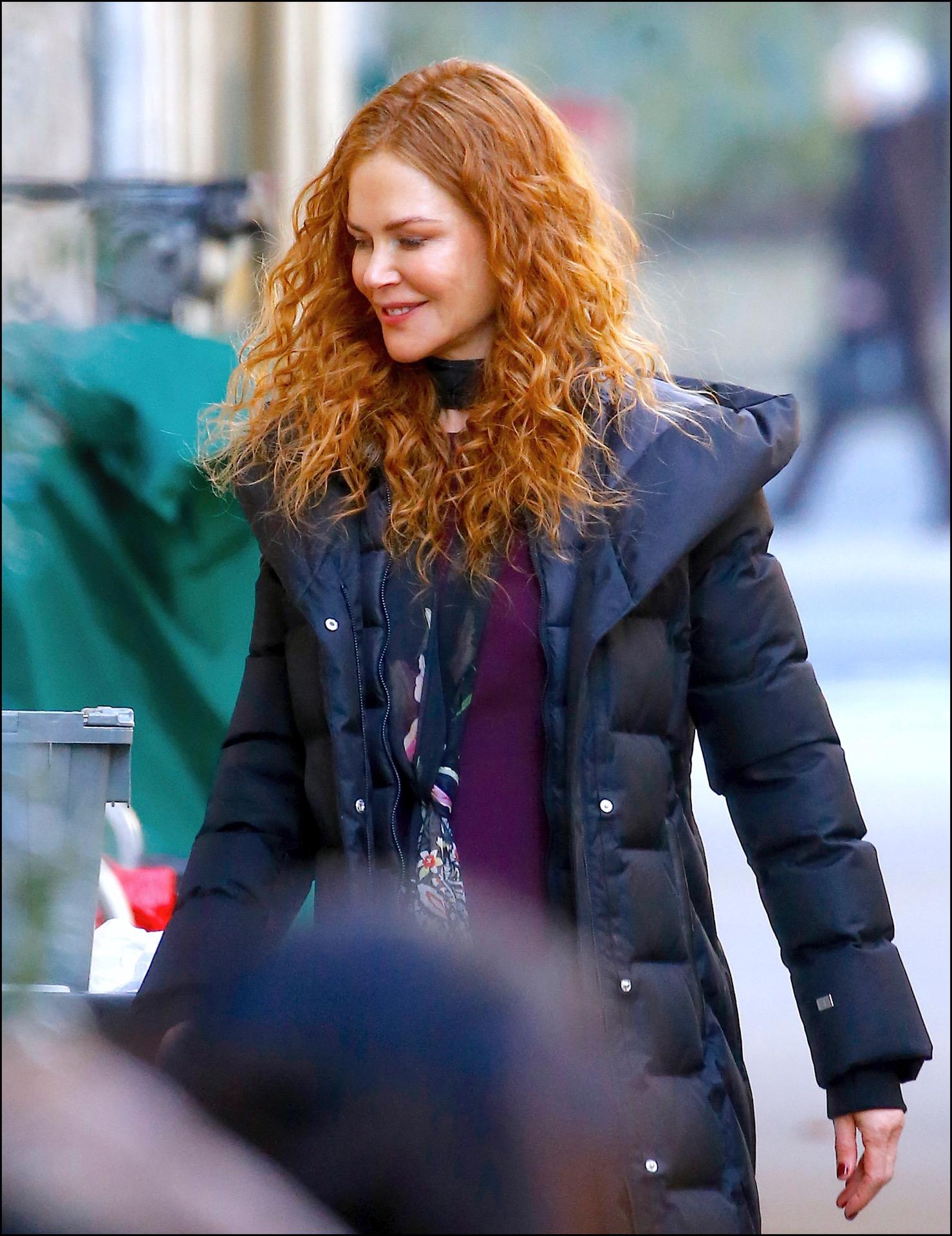 Treinta años después, Nicole Kidman vuelve a su mítico look de rizos colorados.