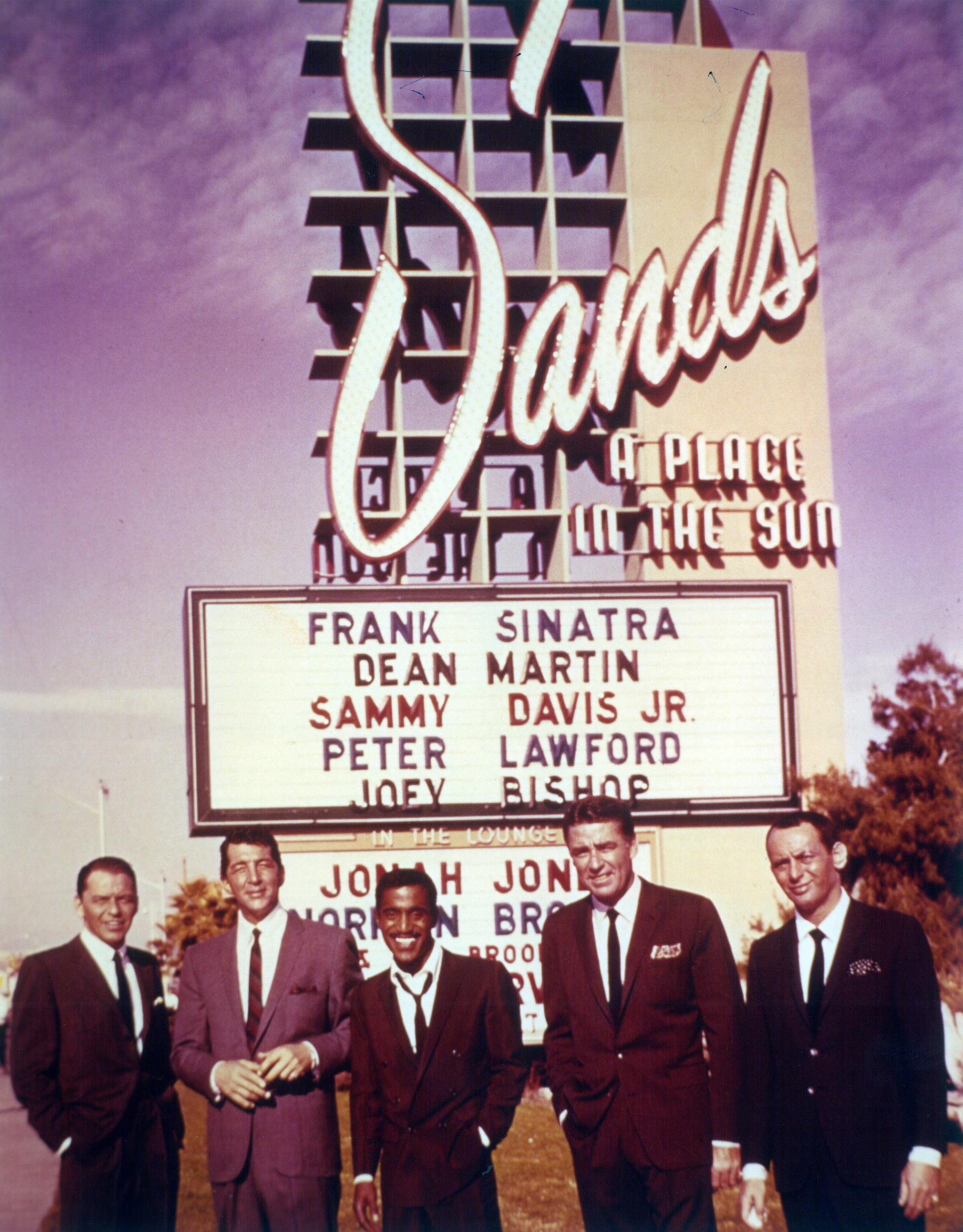 Frank Sinatra, Sammy Davis Jr, Dean Martin, Peter Lawford y Joey Bishop (Grosby Group)