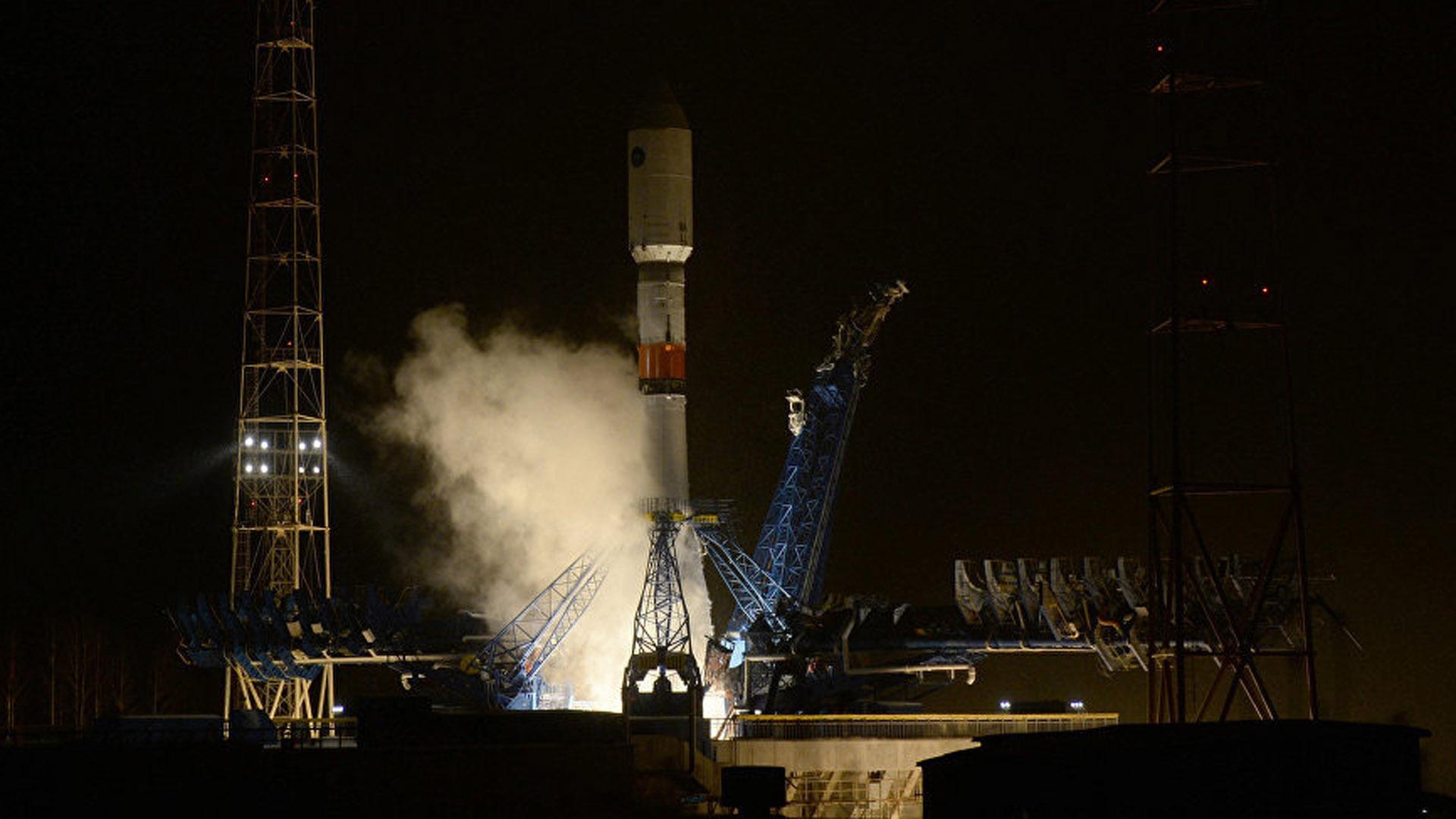 Después de 8 horas, los astronautas arribarán a la Estación Espacial Internacional