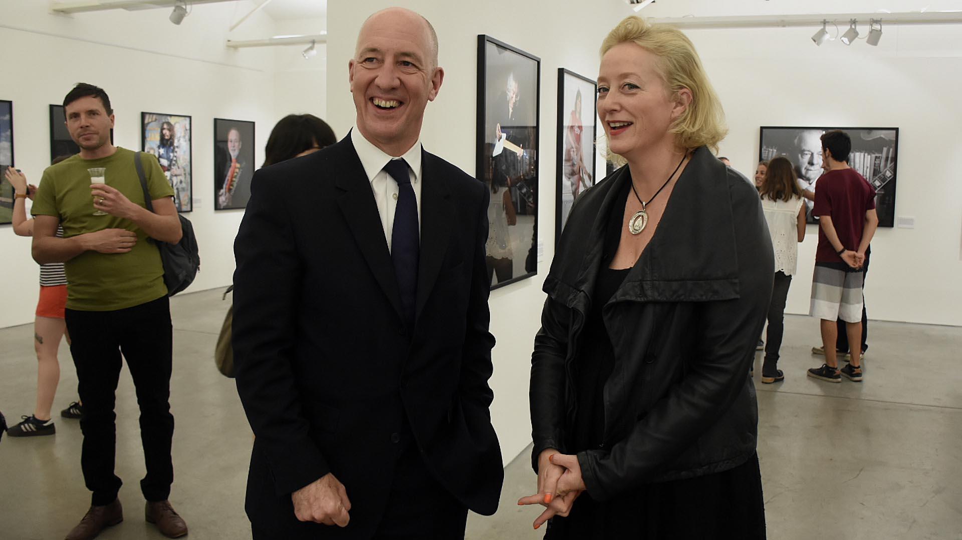 Mark Kent, embajador británico en Argentina, y Page