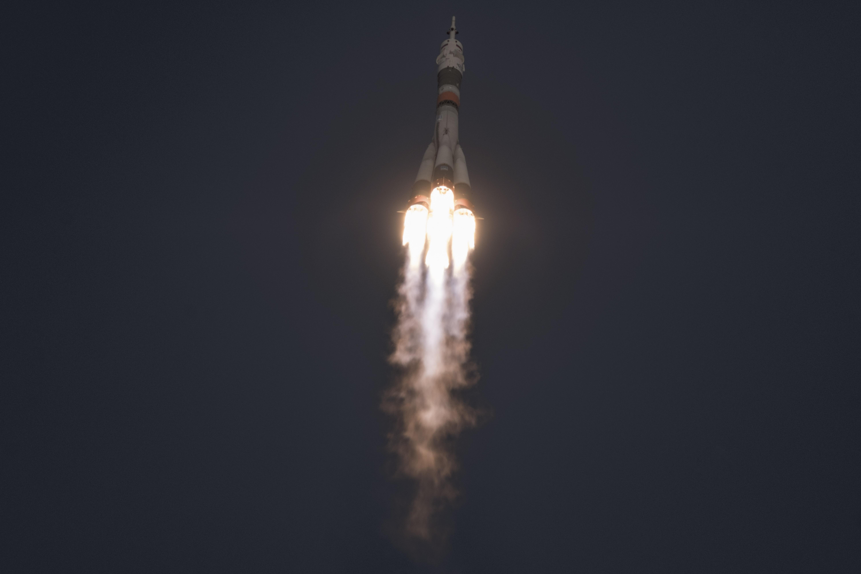 Segundos después del despegue de Soyuz MS-11. (Maxim Babenko/The New York Times)