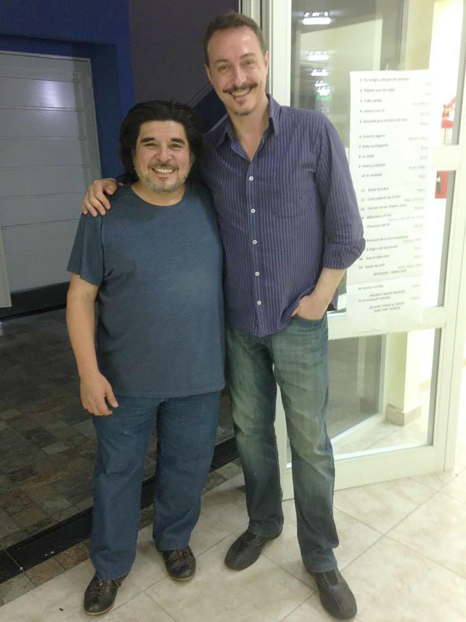 El productor con Pedro Aznar (Facebook)