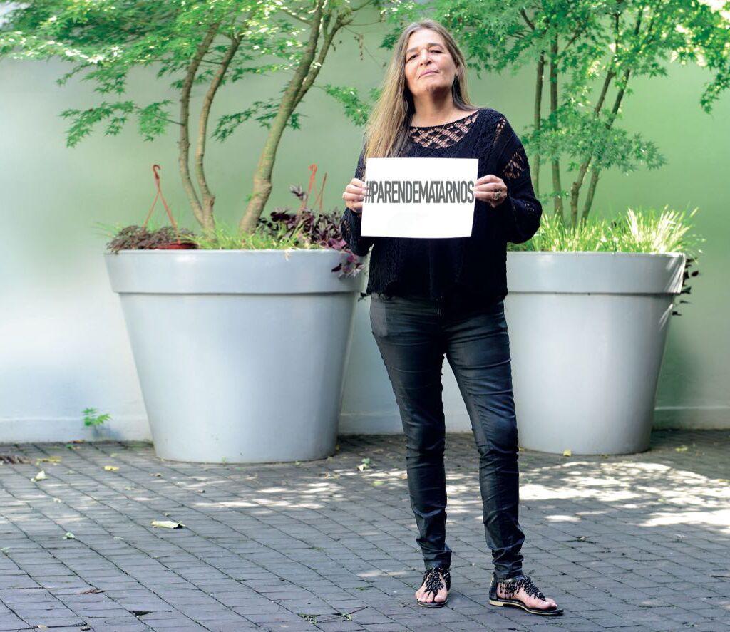 """Le pone el cuerpo. El caso de Corina sentó jurisprudencia: se trató del primer fallo por """"tentativa de femicidio"""". Actualmente se desempeña como presidenta de la asociación civil Hay Una Salida, donde asiste a víctimas de violencia de género."""
