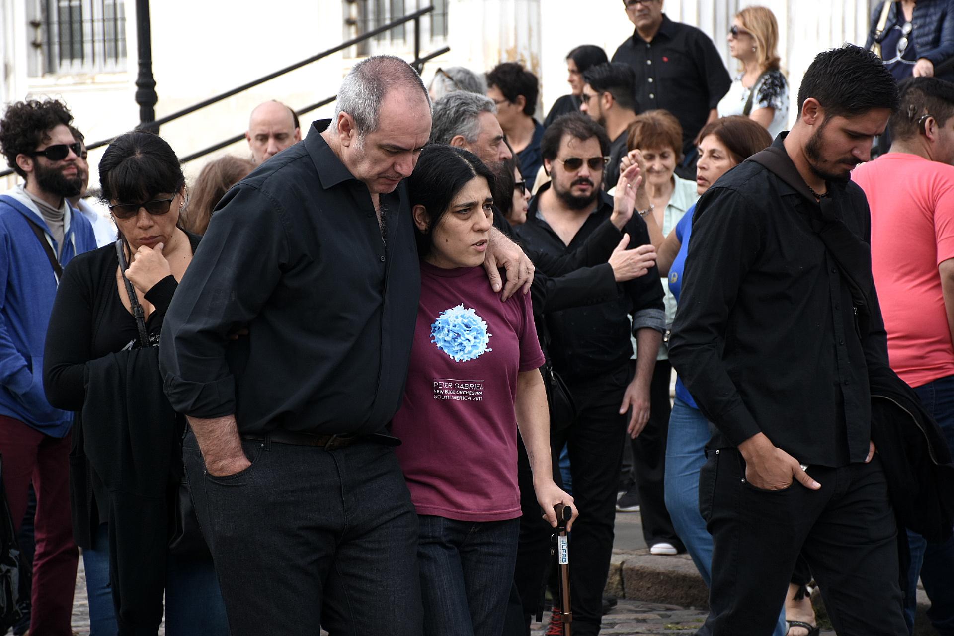 Murió Fabián Matus, el único hijo de Mercedes Sosa. Sus familiares lo despidieron en el cementerio de Chacarita el pasado sábado. (Foto: Nicolás Stulberg)