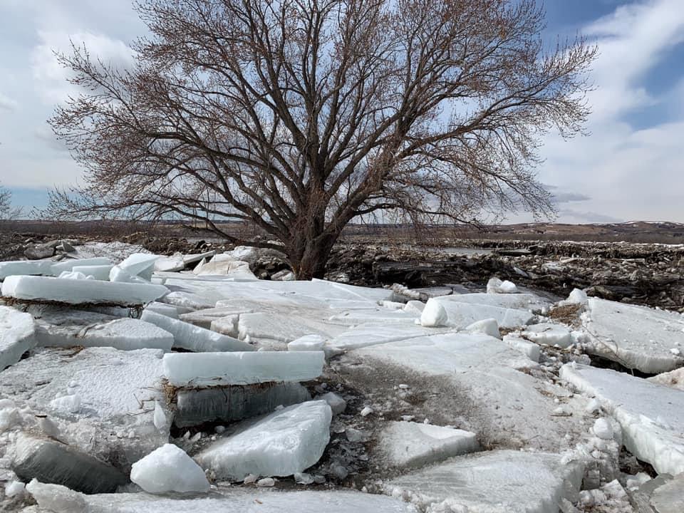 Los restos de una histórica inundación en Niobrara, Nebraska