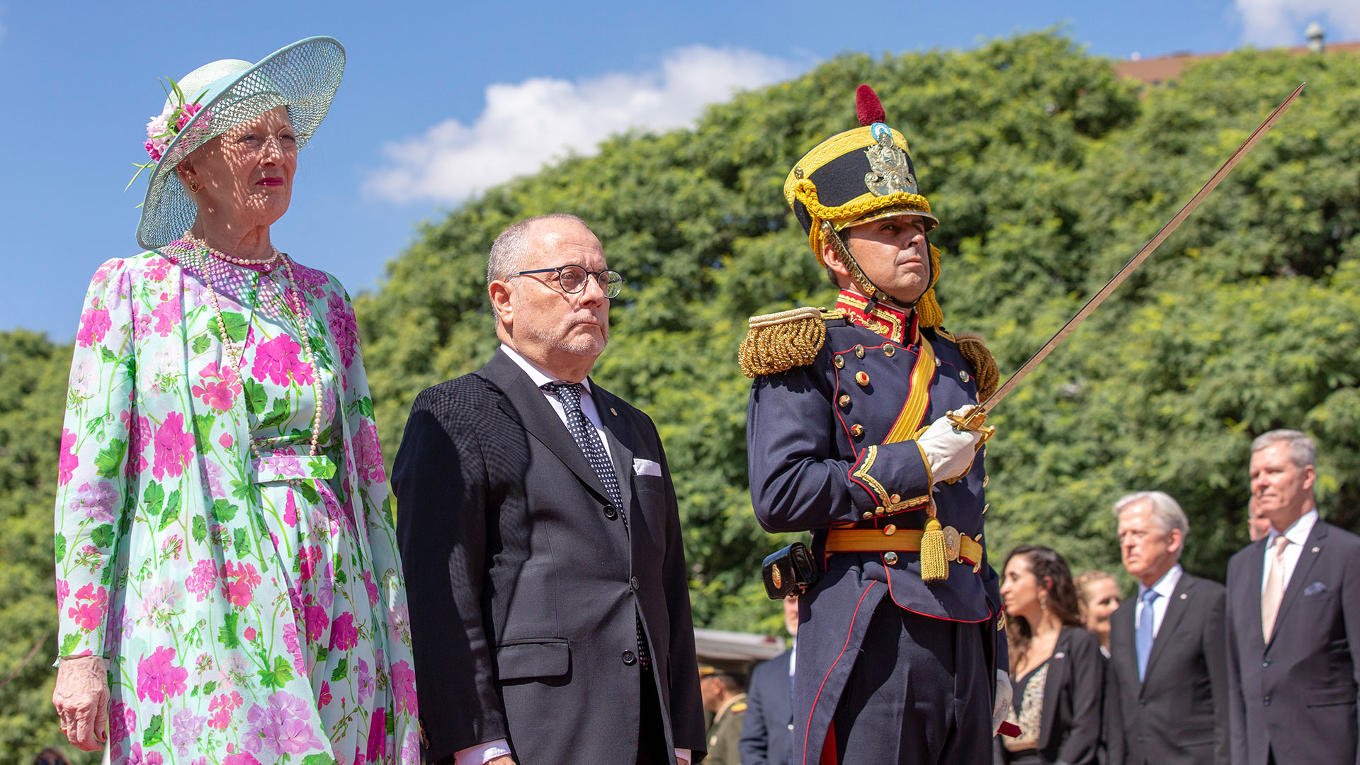 La reina danesa estuvo escoltada por una formación del Regimiento de Granaderos a Caballo
