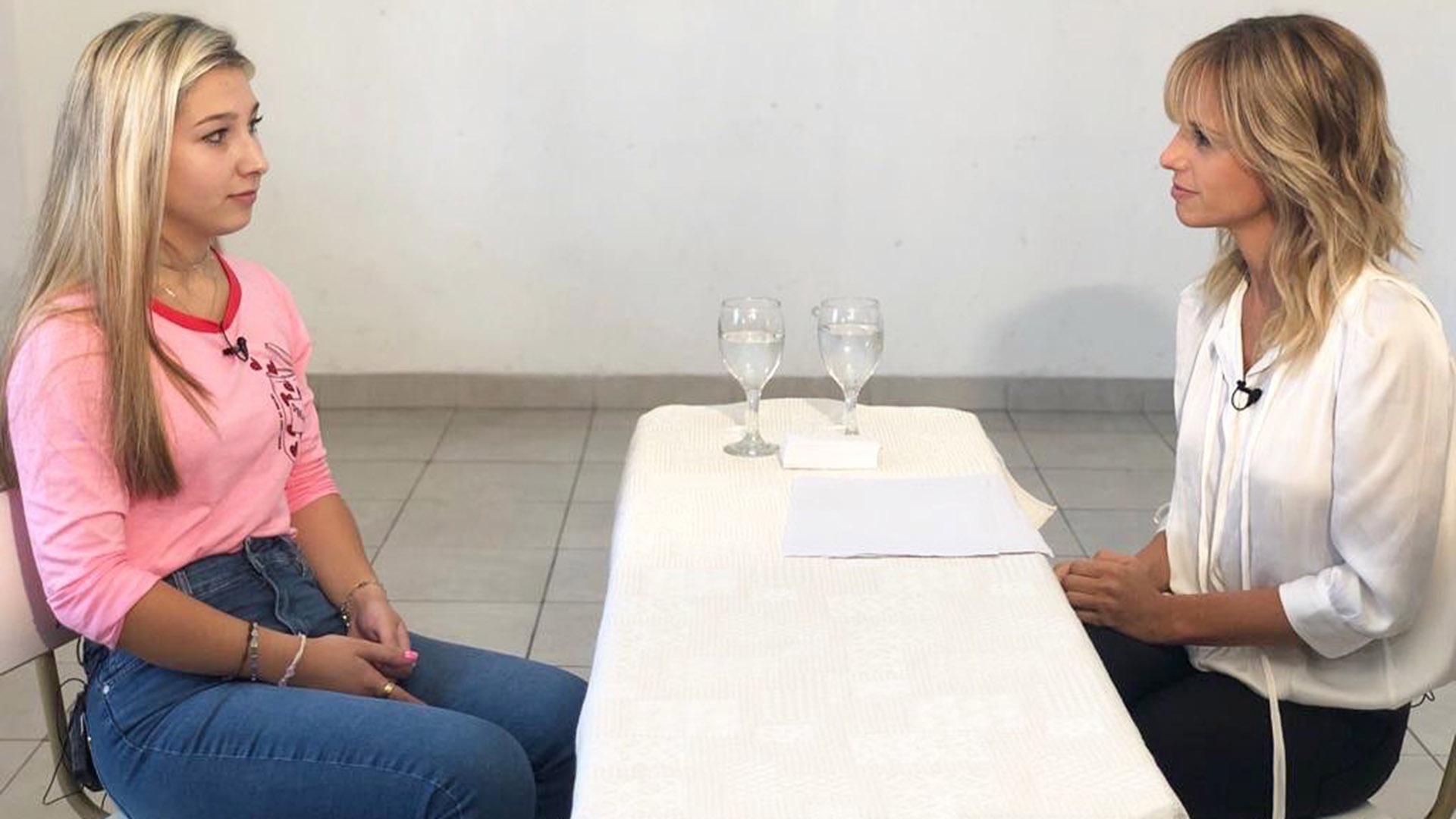 Mariana Fabbiani realizó una entrevista exclusiva con Nahir Galazar en la cárcel de Paraná
